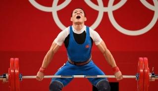 Thạch Kim Tuấn thi đấu không tốt ở Olympic Tokyo 2020 (Ảnh: Getty).
