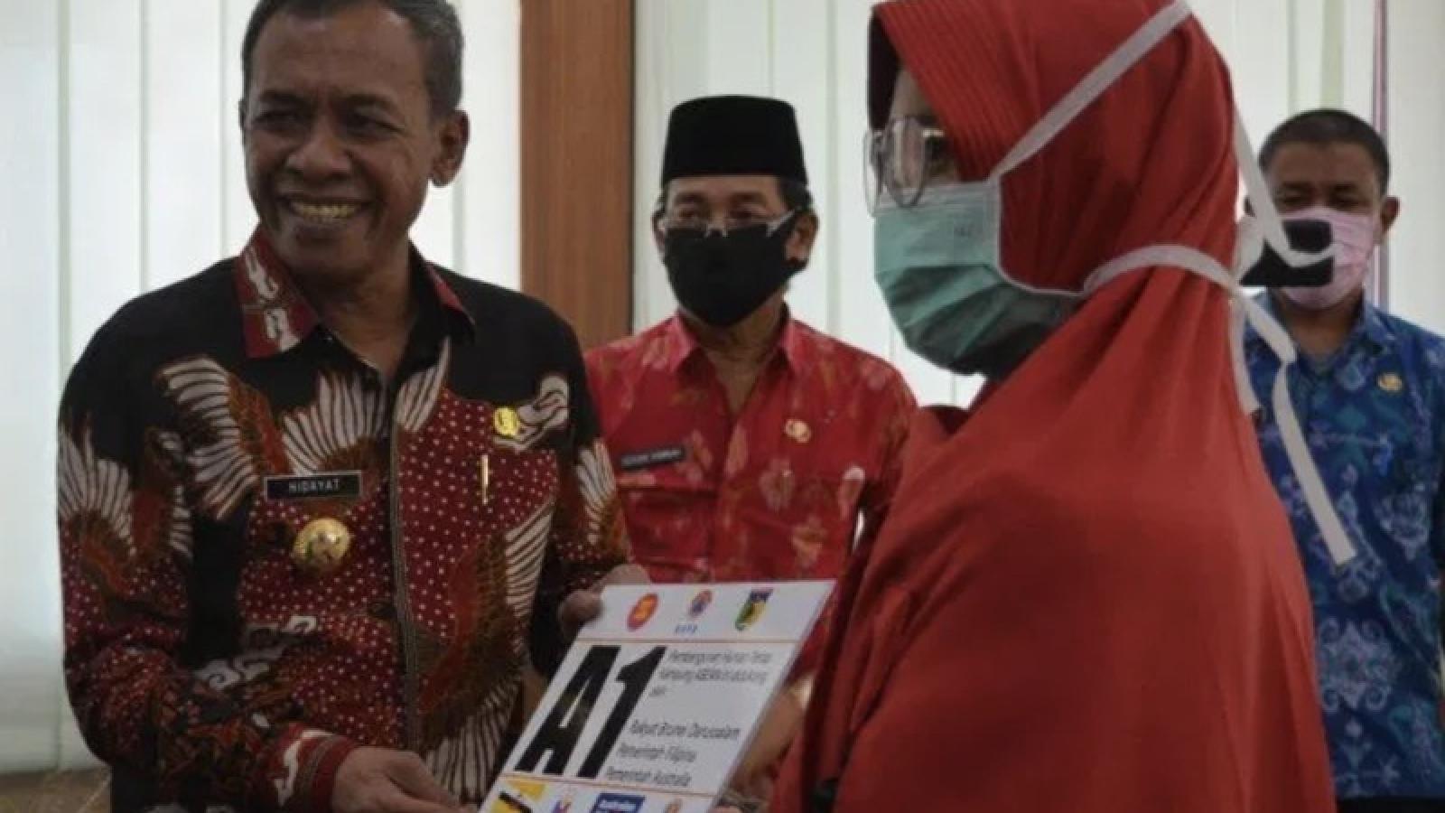 """Bàn giao 75 ngôi nhà trong """"làng ASEAN"""" cho nạn nhân thảm hoạ Palu"""