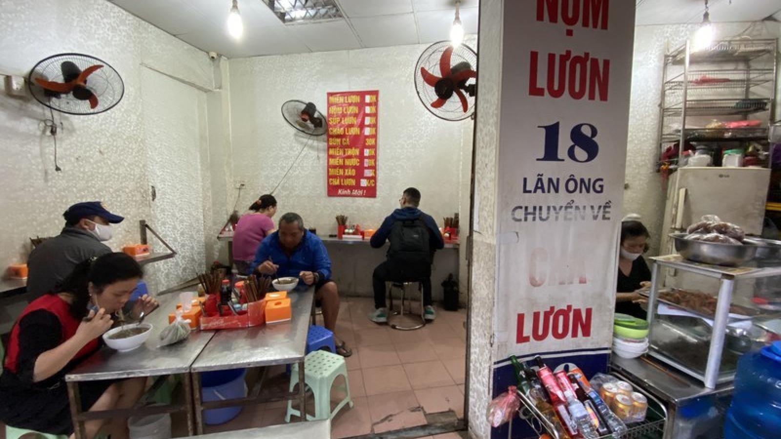 Hàng ăn uống ở Hà Nội rục rịch mở cửa sau nới lỏng cách ly xã hội