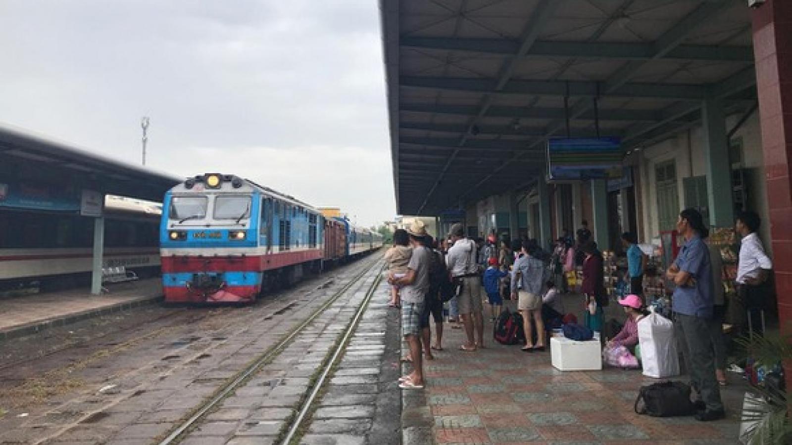 Đường sắt Bắc-Nam chạy lại đôi tàu SE1/2, tàu đi Nghệ An từ hôm nay