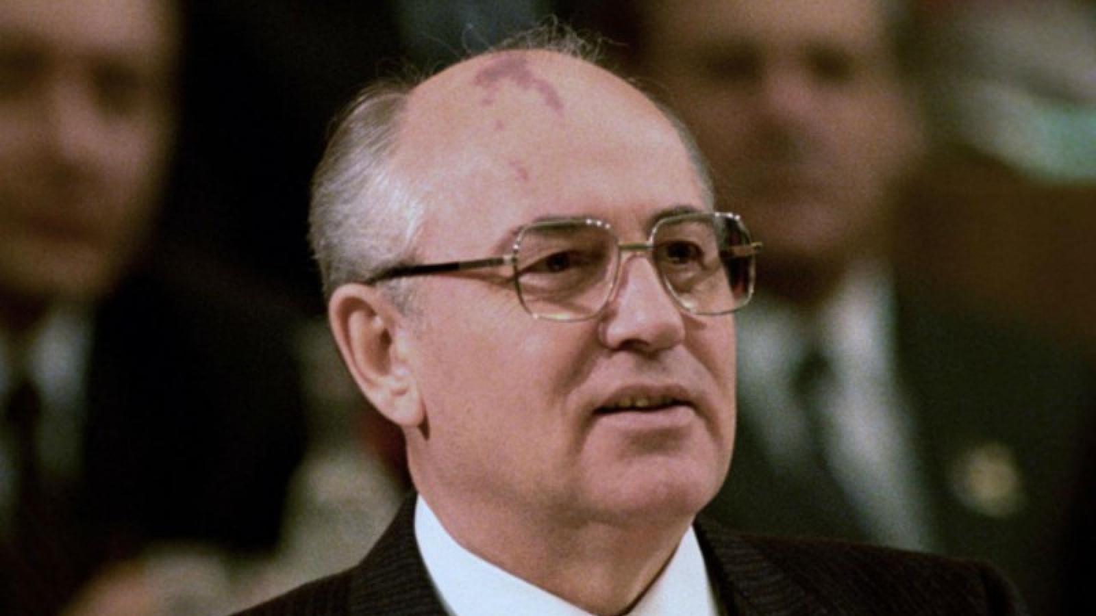 Cựu lãnh đạo Liên Xô: Các nước nên giảm chi phí quân sự để đối phó Covid-19