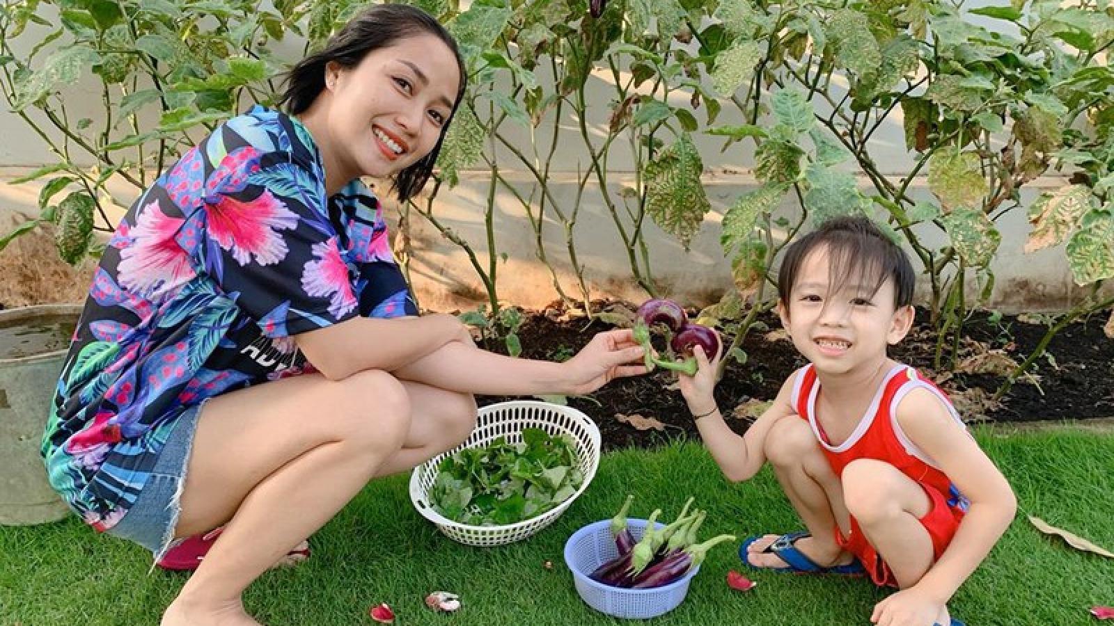 Khoảnh khắc đời thường giản dị của Ốc Thanh Vân bên gia đình