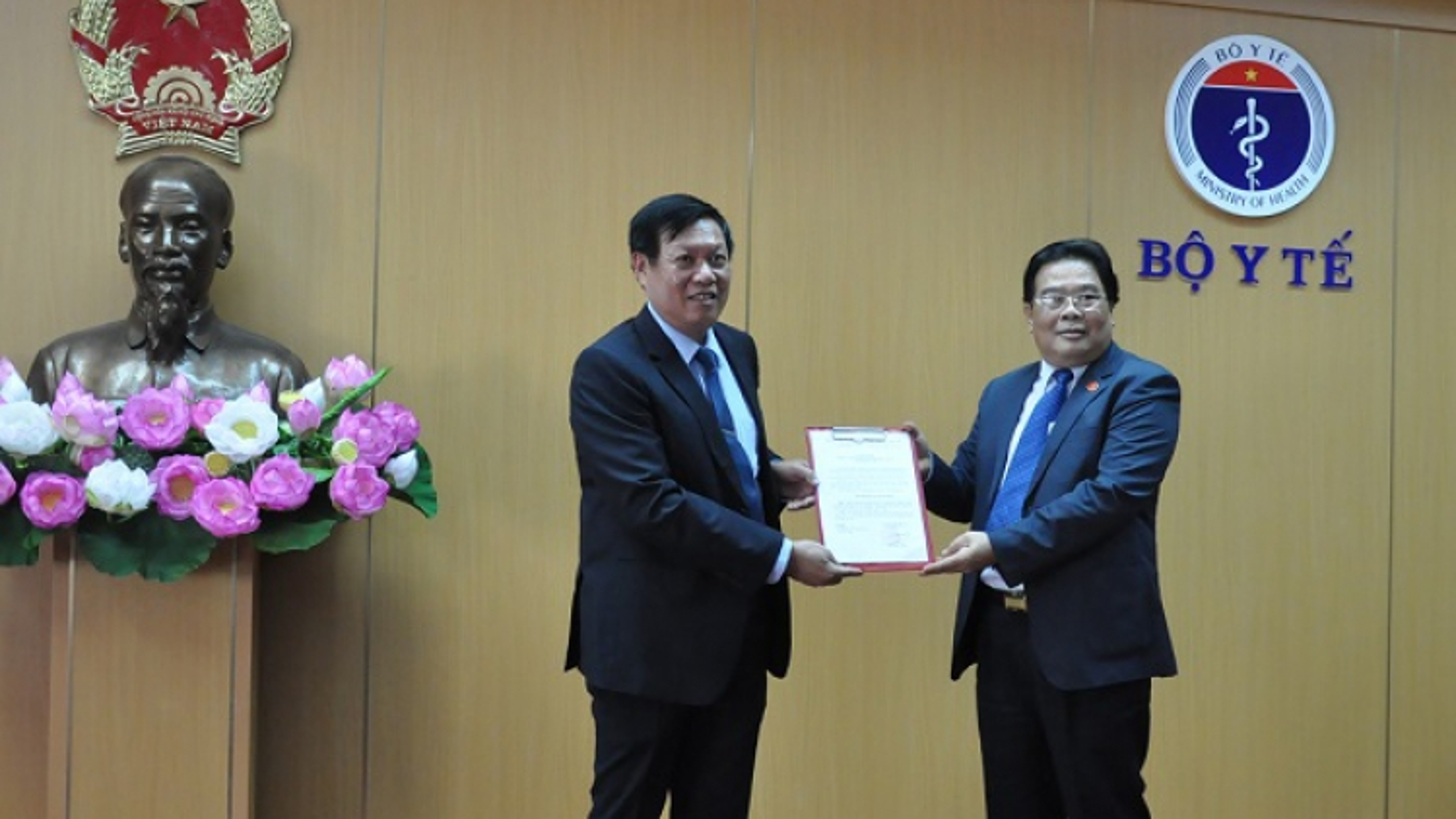 Ông Đỗ Xuân Tuyên làm Bí thư Đảng ủy Bộ Y tế