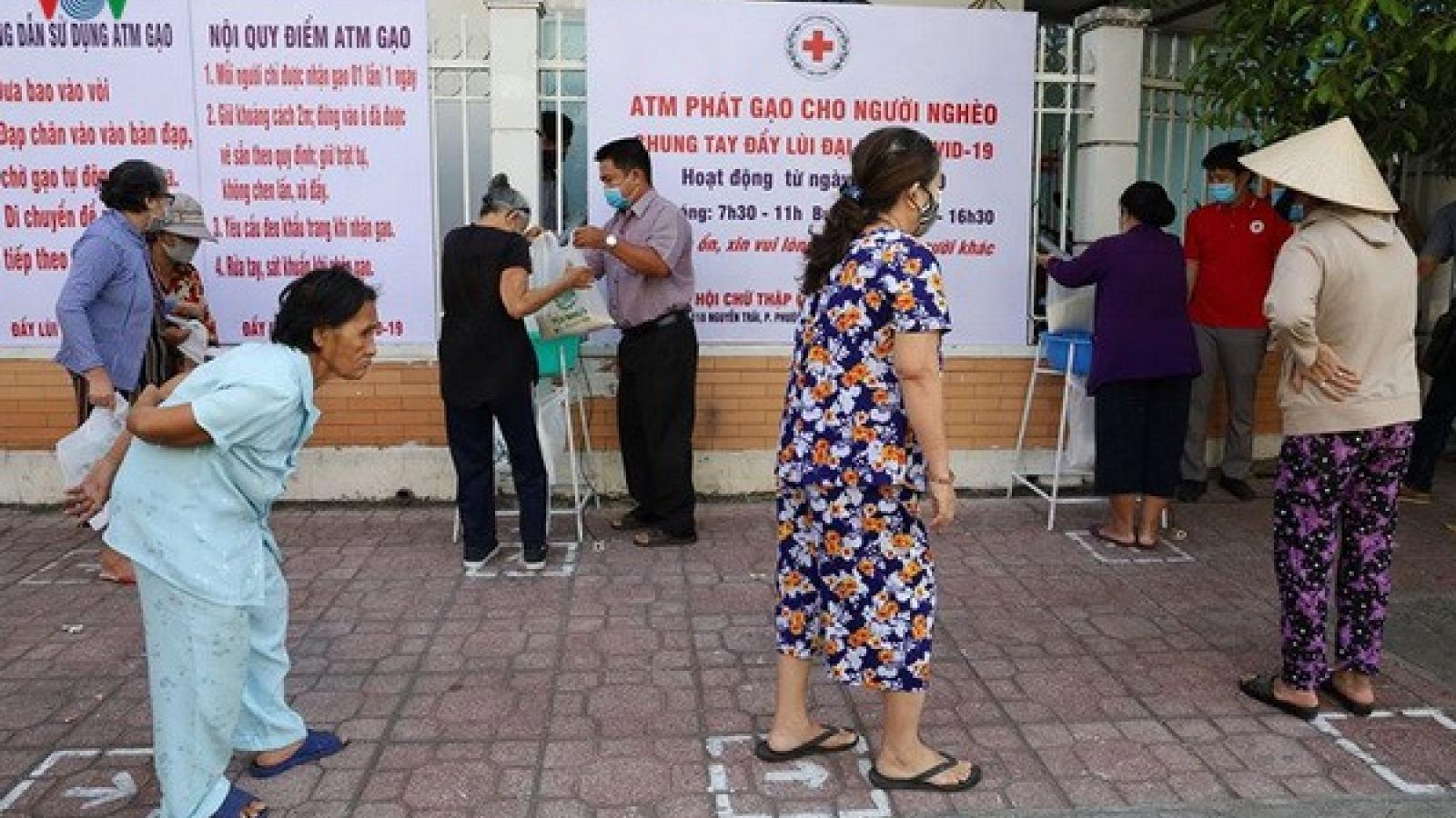 """""""ATM"""" tại Khánh Hòa vừa hoạt động đã phải tạm dừng, chuyển địa điểm"""