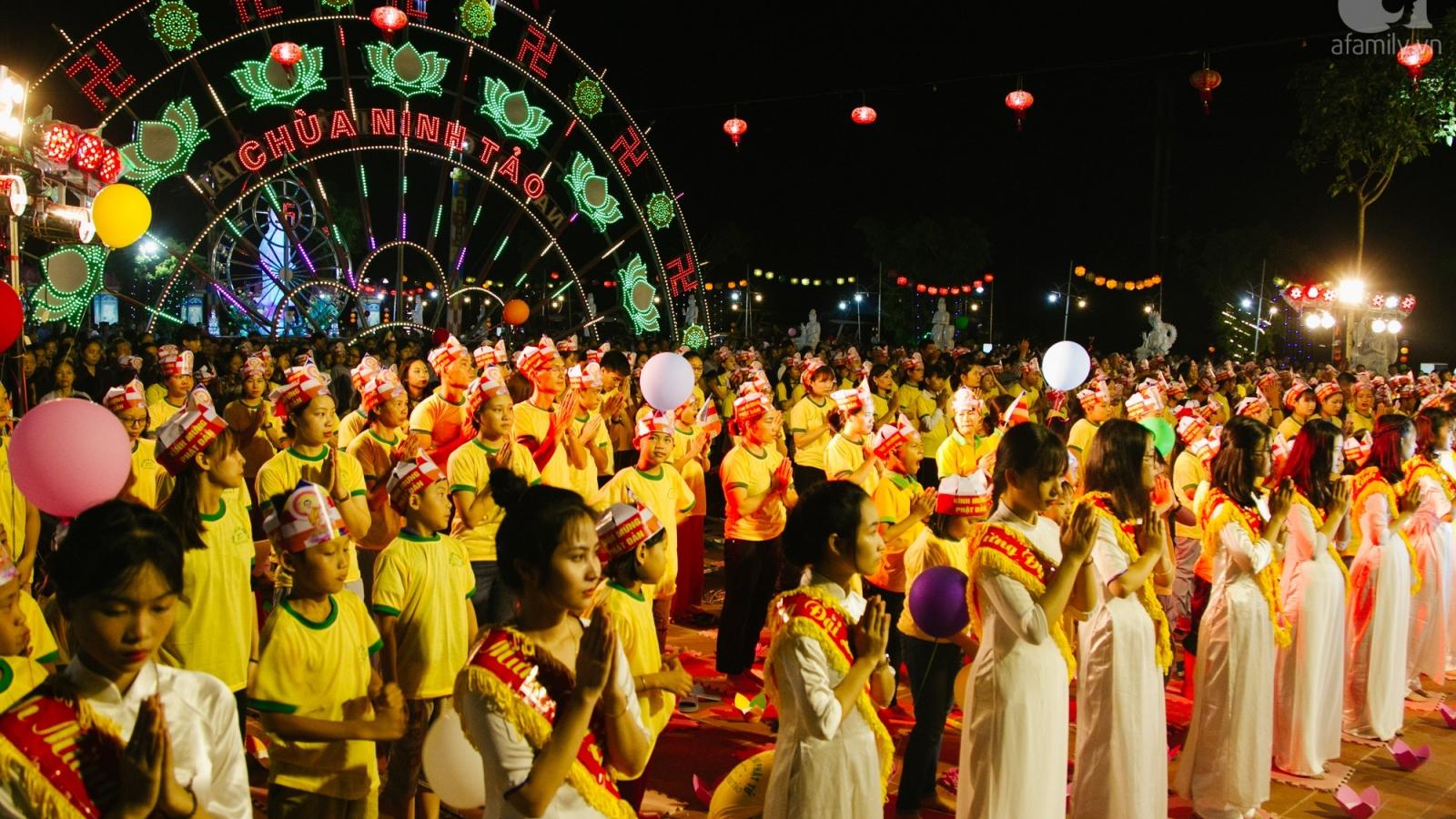 Vì sao Chính phủ chưa cho phép tổ chức các nghi lễ tôn giáo?