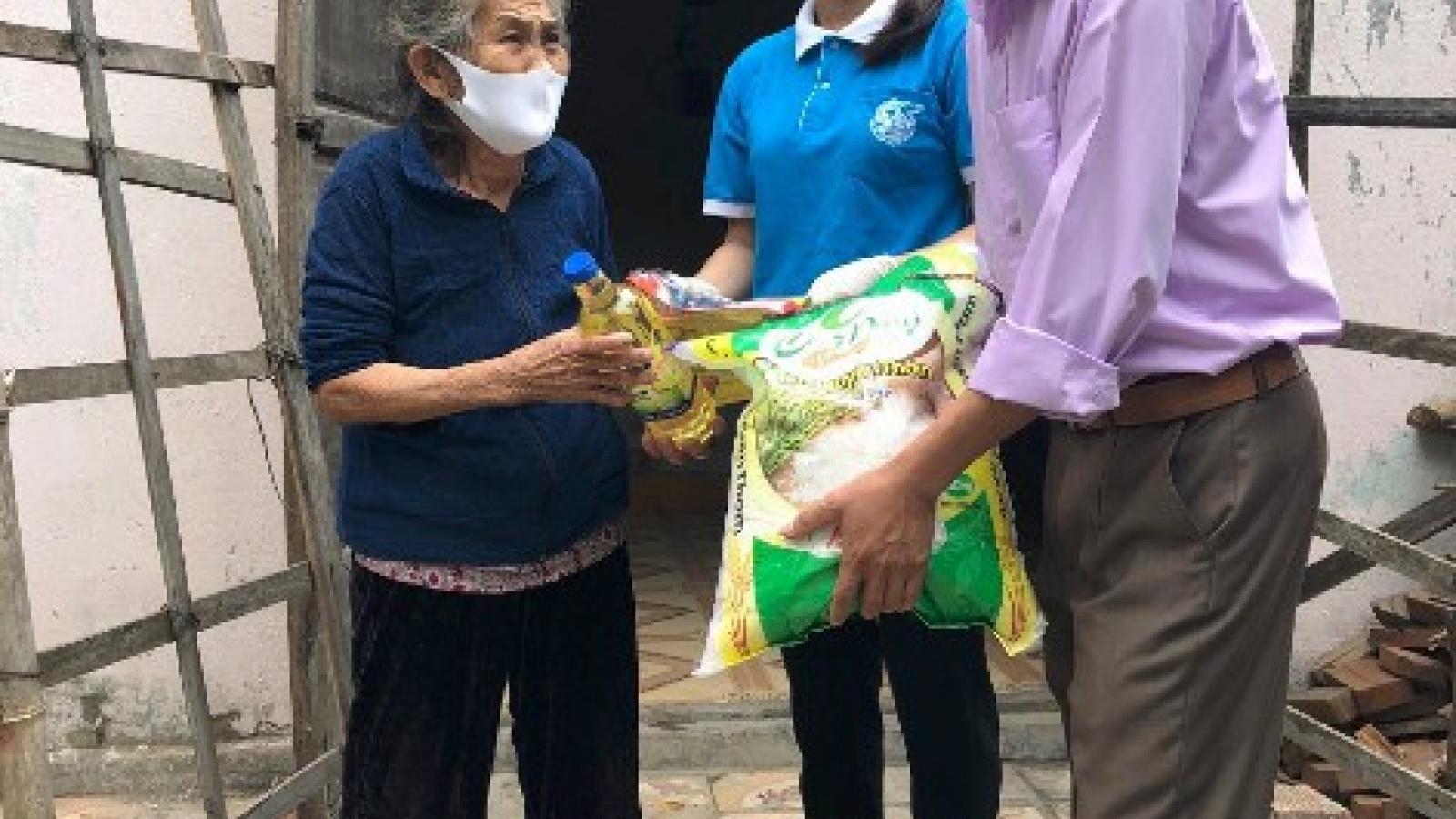 Khẩn trương hỗ trợ các đối tượng khó khăn do dịch Covid-19 tại Quảng Bình