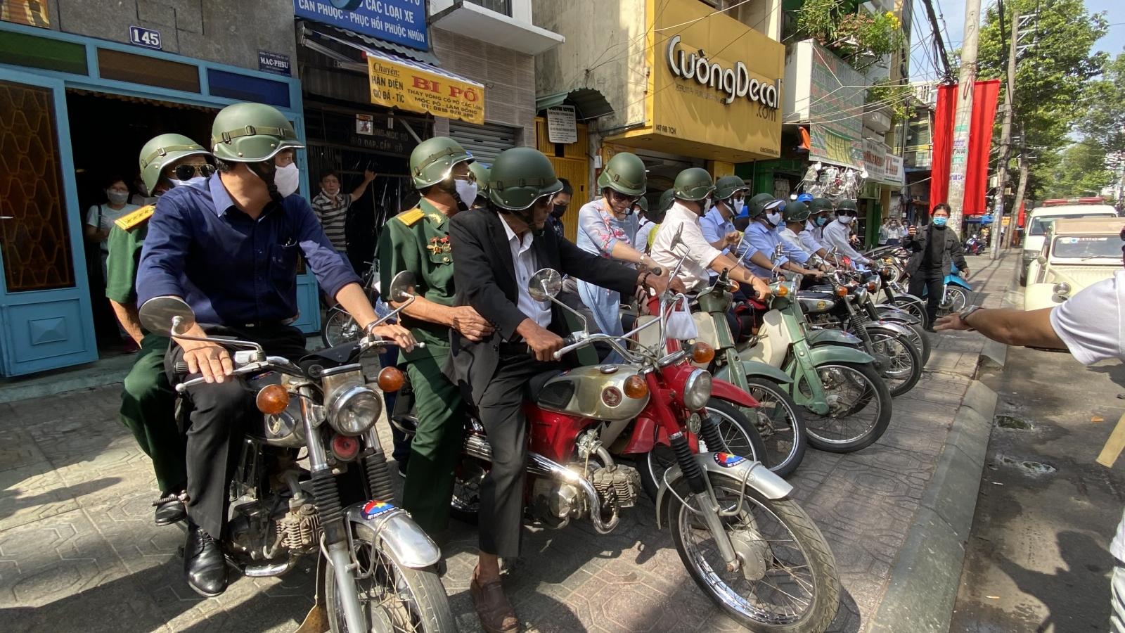 """Khai mạc chương trình du lịch """"Theo dấu chân Biệt động Sài Gòn"""""""