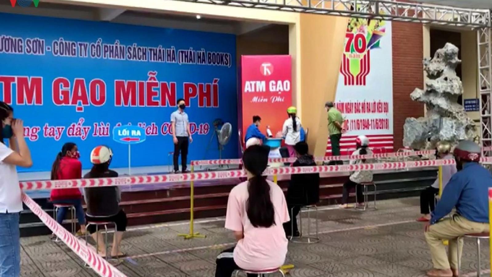 ATM gạo đầu tiên ở Hòa Bình sẽ hỗ trợ 30 tấn gạo cho người nghèo