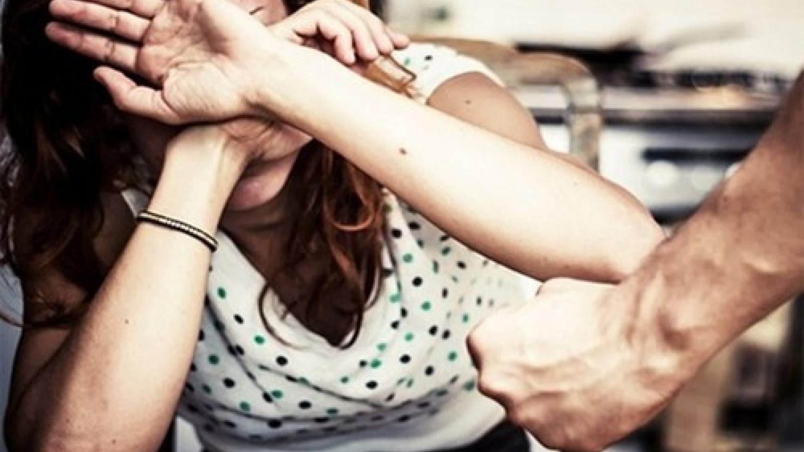UNFPA cảnh báo bạo lực gia đình tăng mạnh trong thời gian phong tỏa