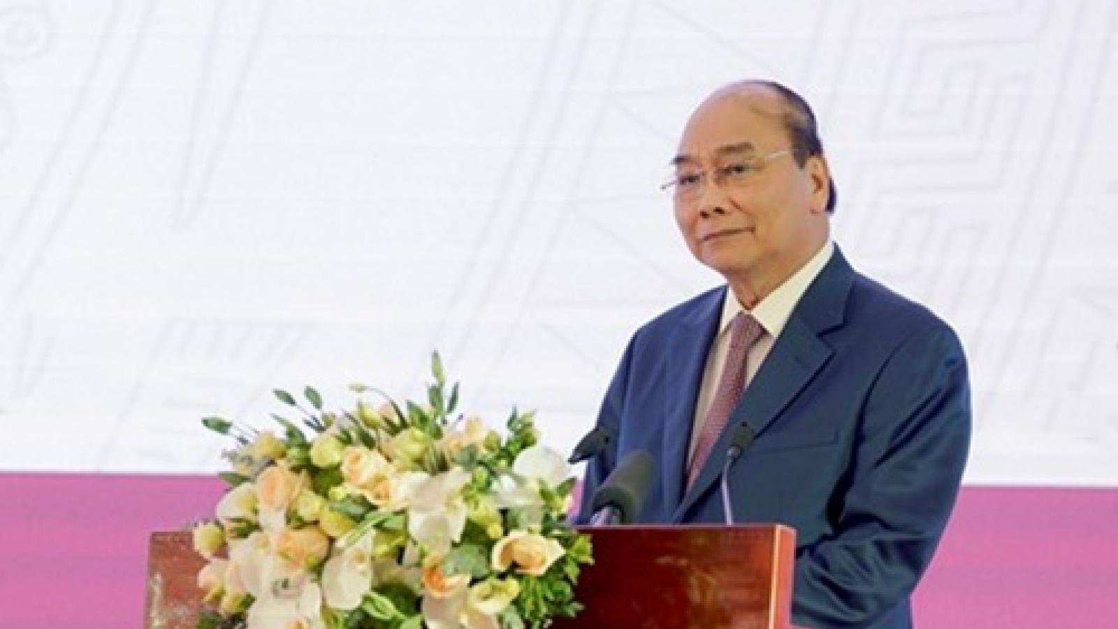 Thủ tướng dự khai trương Nền tảng tư vấn khám chữa bệnh từ xa