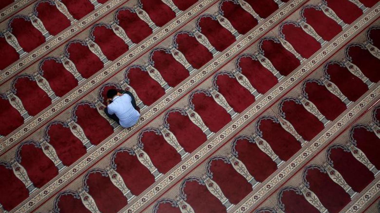 Saudi Arabia điều chỉnh địa điểm cầu nguyện trong tháng Ramadan