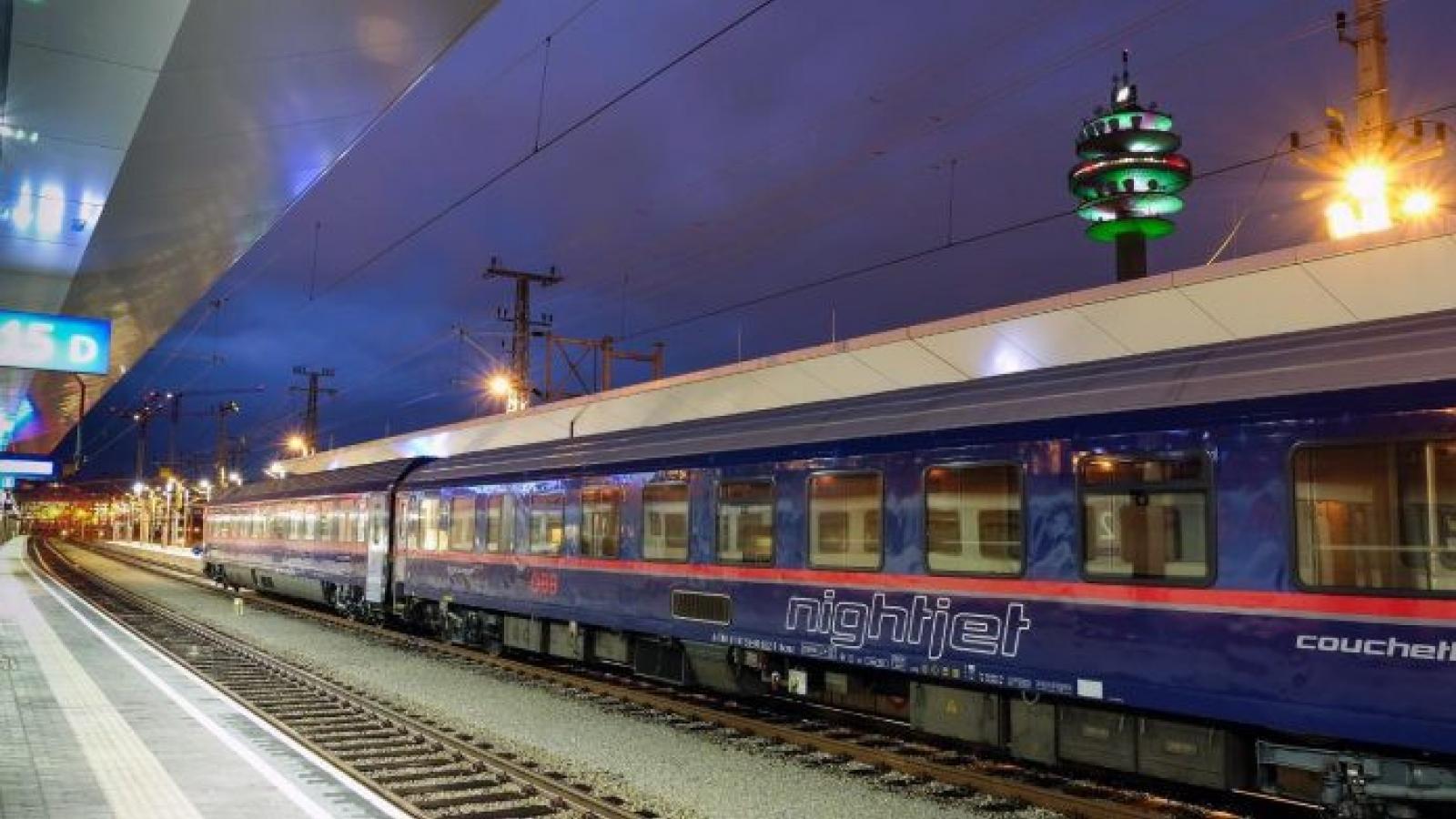 Áo thiết lập chuyến tàu vận chuyển nhân viên y tế từ Romania để chống dịch