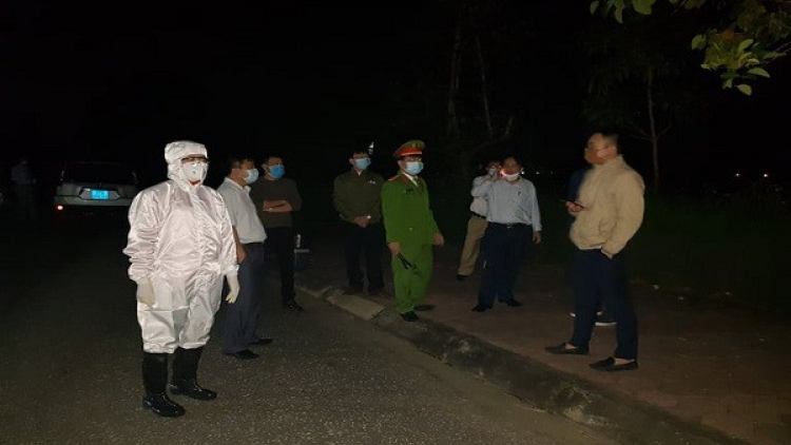 Bệnh nhân 137 nghi dương tính trở lại, ra Hà Nội điều trị trong đêm