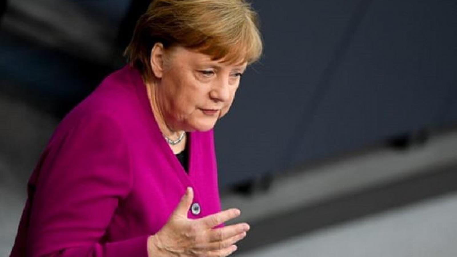 Thủ tướng Merkel: Đức đang 'đi trên băng mỏng', dịch mới ở giai đoạn đầu