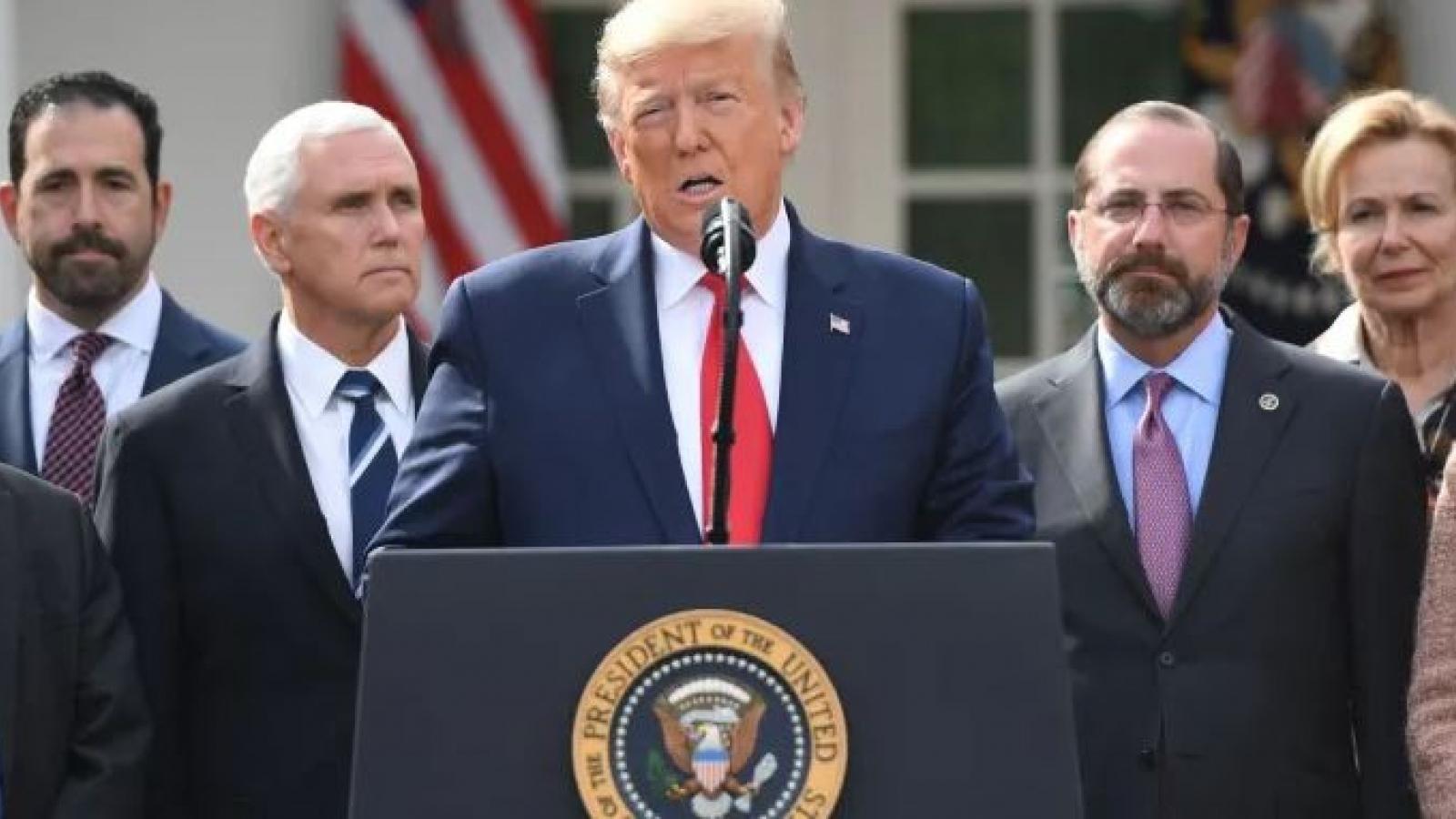 Trump đề xuất tiêm chất khử trùng chữa Covid-19, chuyên gia y tế can ngăn