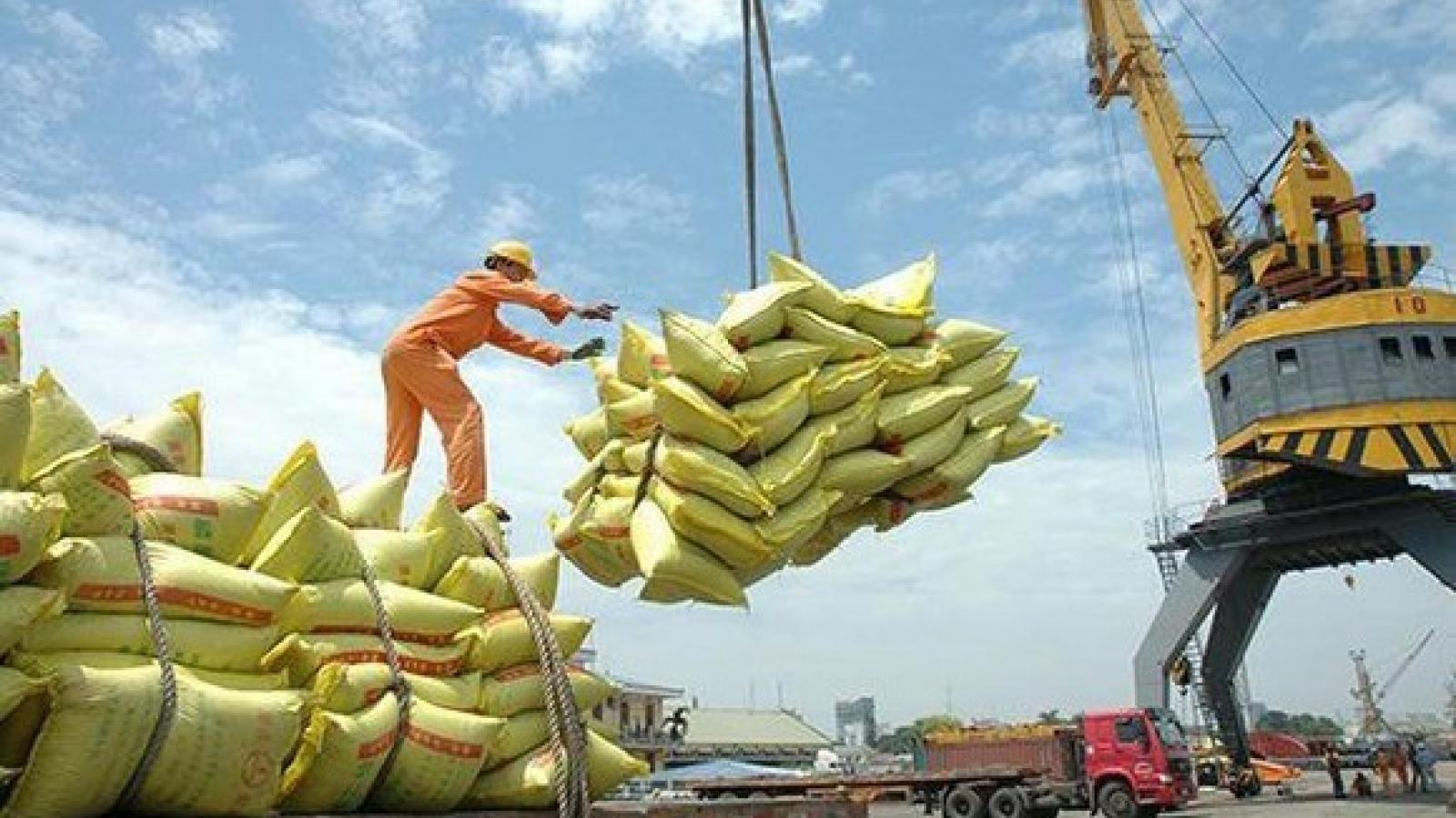 Bộ Công Thương nói gì về phương án điều hành xuất khẩu gạo?