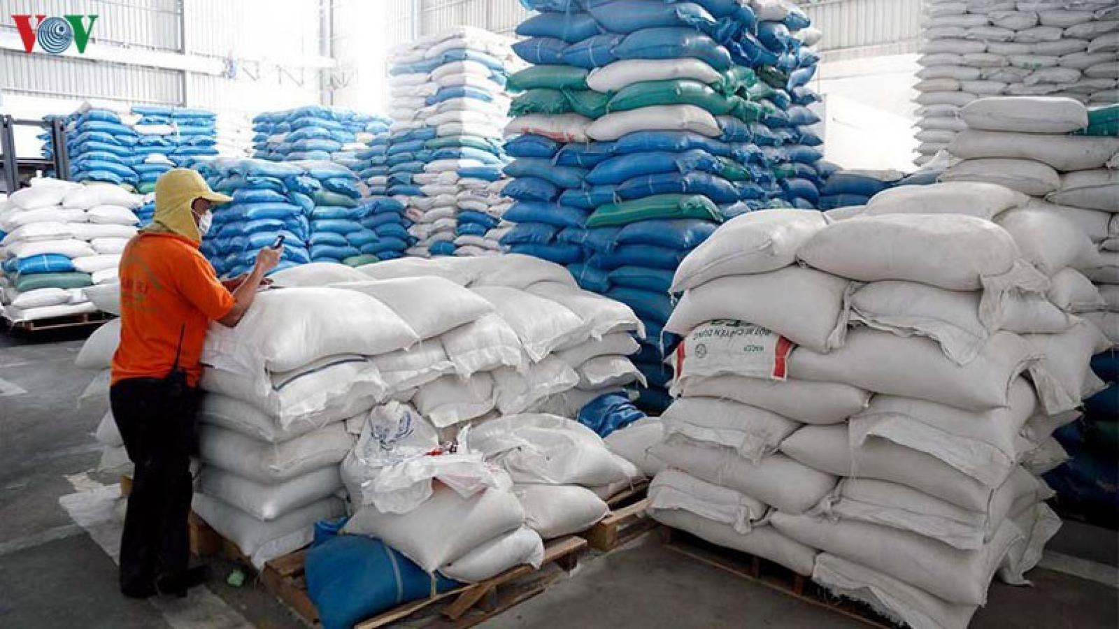 Bộ Công Thương muốn làm rõ thương nhân mở tờ khai khống xuất khẩu gạo