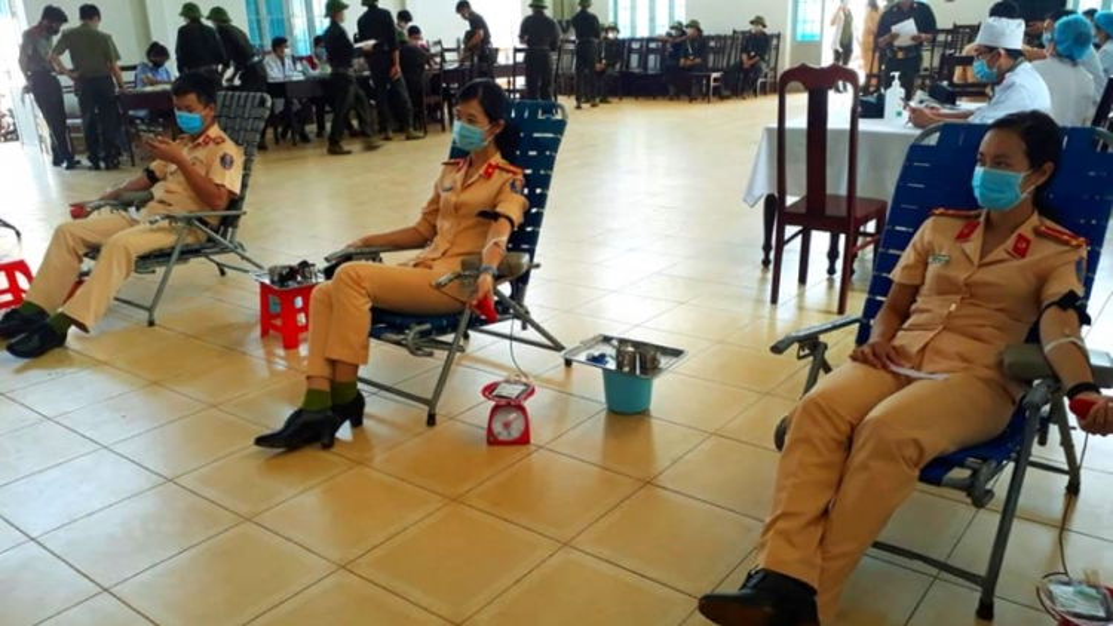 Hơn 1.700 đơn vị máu tình nguyện trong tháng cách ly tại Đắk Lắk