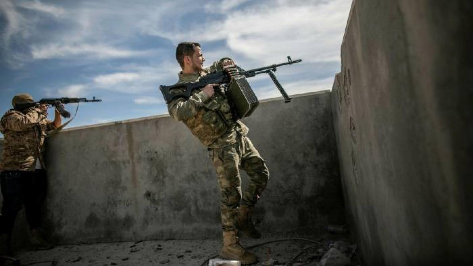 Tình hình Libya phức tạp, EU sẵn sàng thực thi cấm vận vũ khí