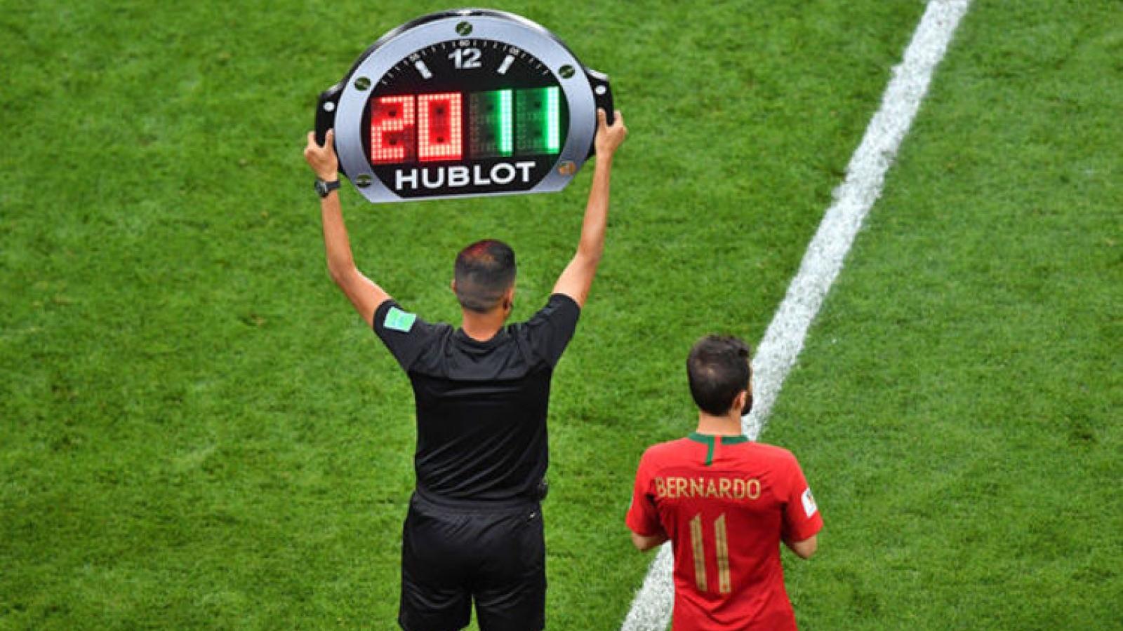 FIFA đề xuất cho các đội bóng thay 5 người trong một trận đấu