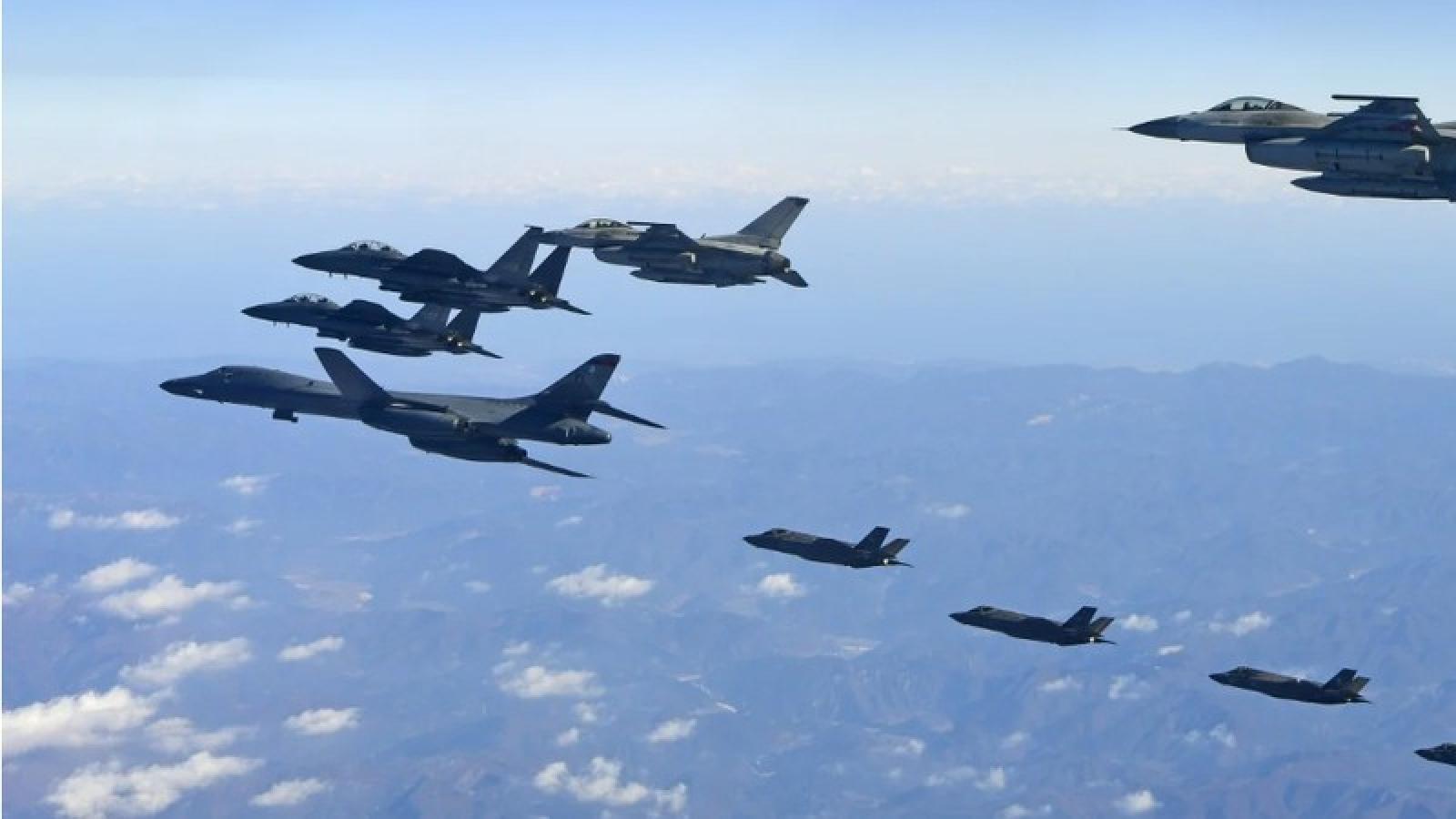 Hàn-Mỹ tập trận chung trên không