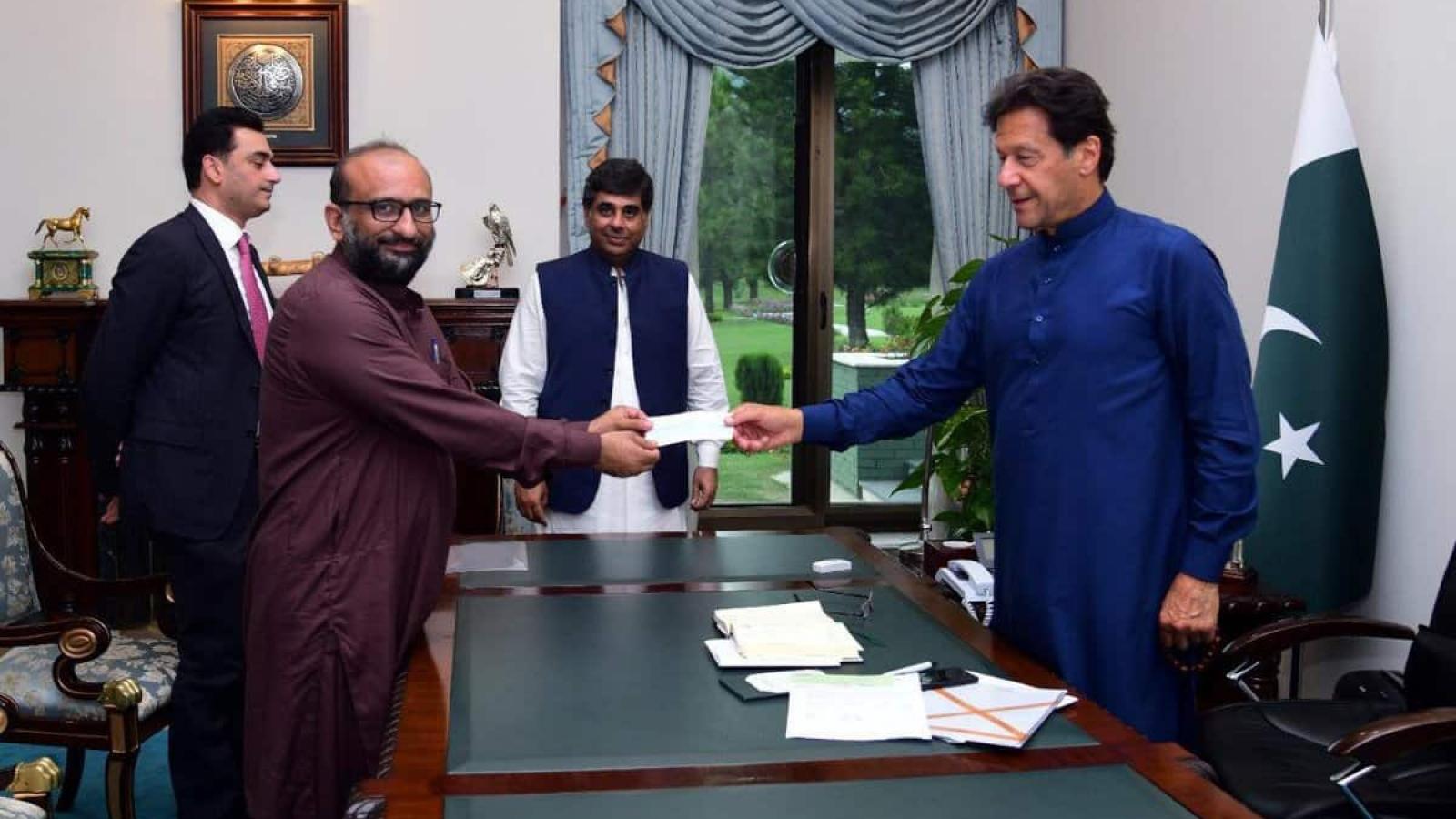 Thủ tướng Pakistan phải tự cách ly do tiếp xúc với người mắc Covid-19