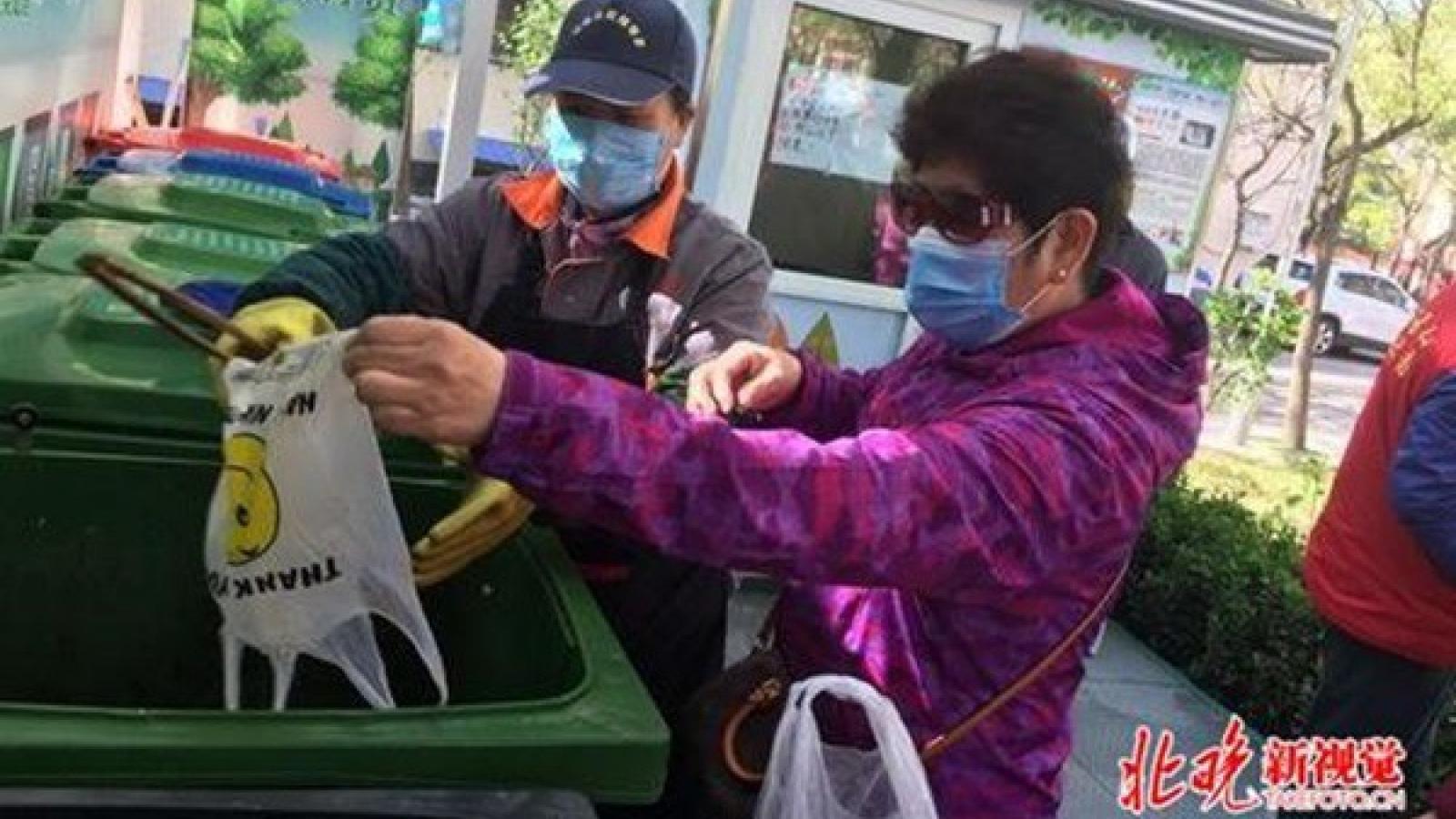Bắc Kinh (Trung Quốc) sẽ xử lý nghiêm các hành vi không phân loại rác