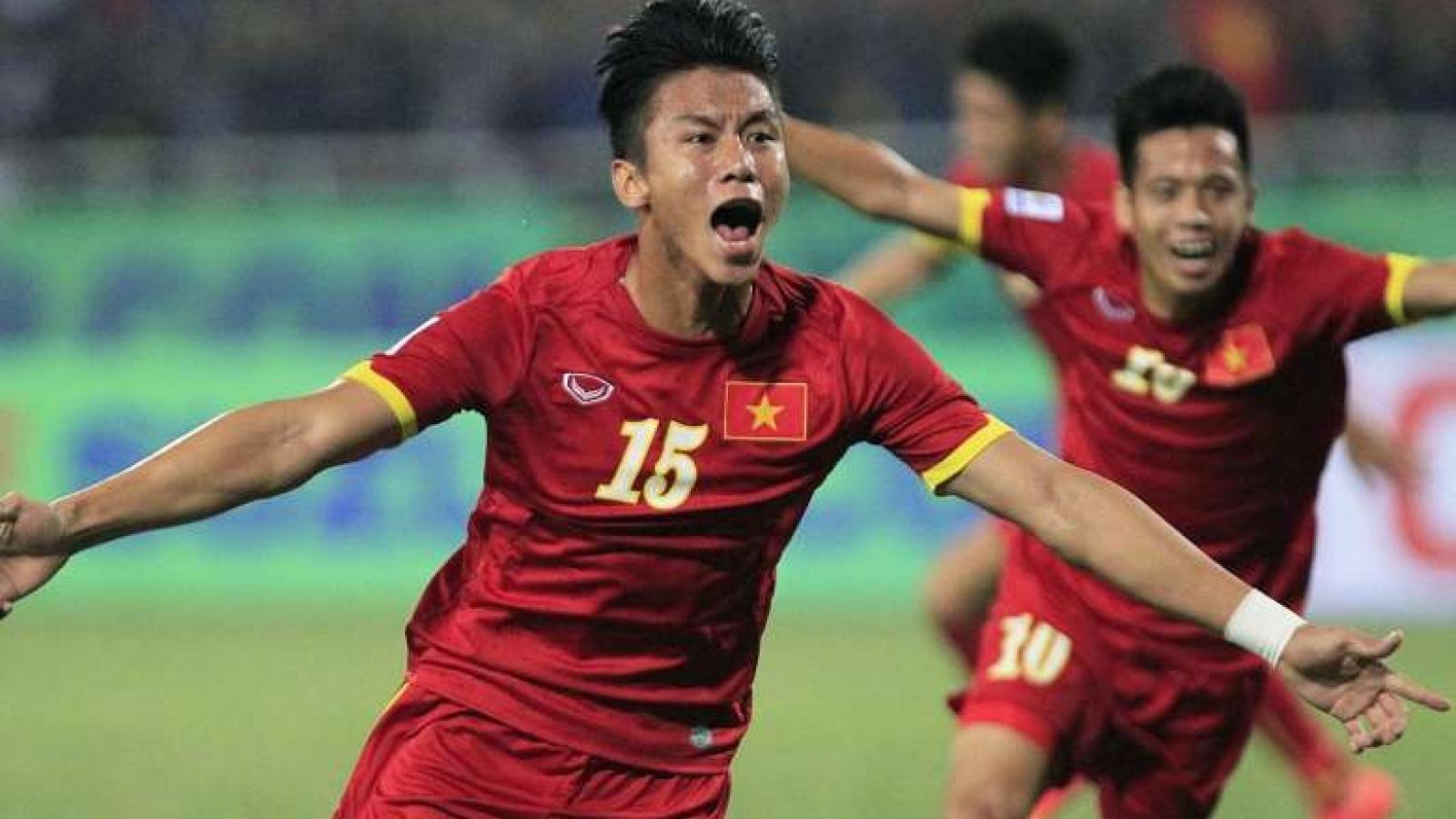 Clip: Bàn thắng đầu tiên của Quế Ngọc Hải trong màu áo ĐT Việt Nam