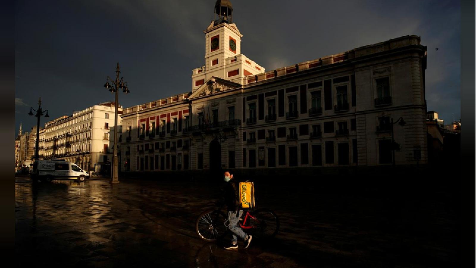 Tây Ban Nha ghi nhận số ca tử vong tiếp tục tăng bởi dịch Covid-19