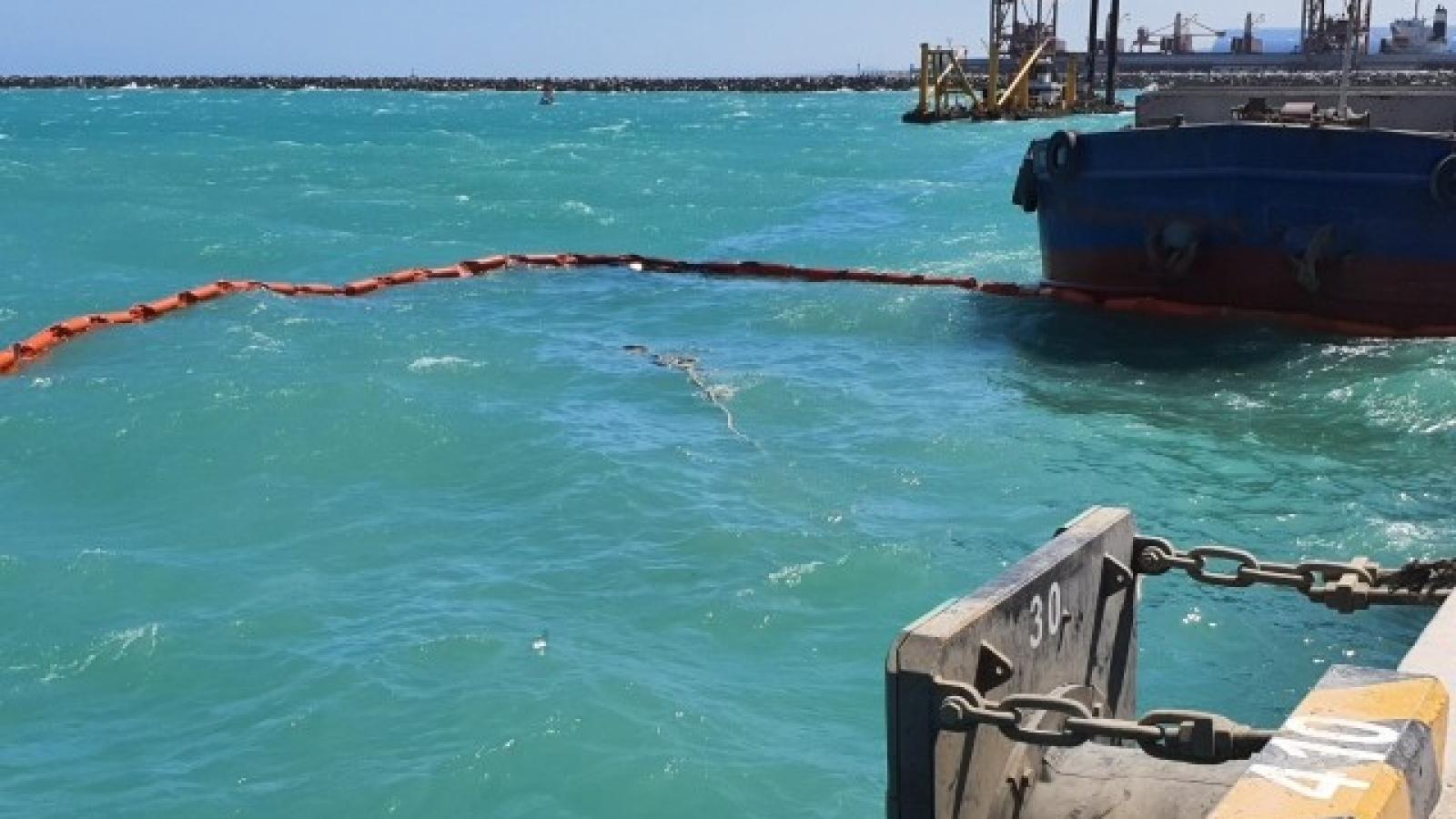 Chìm tàu chở đá ở cảng Vĩnh Tân, tỉnh Bình Thuận