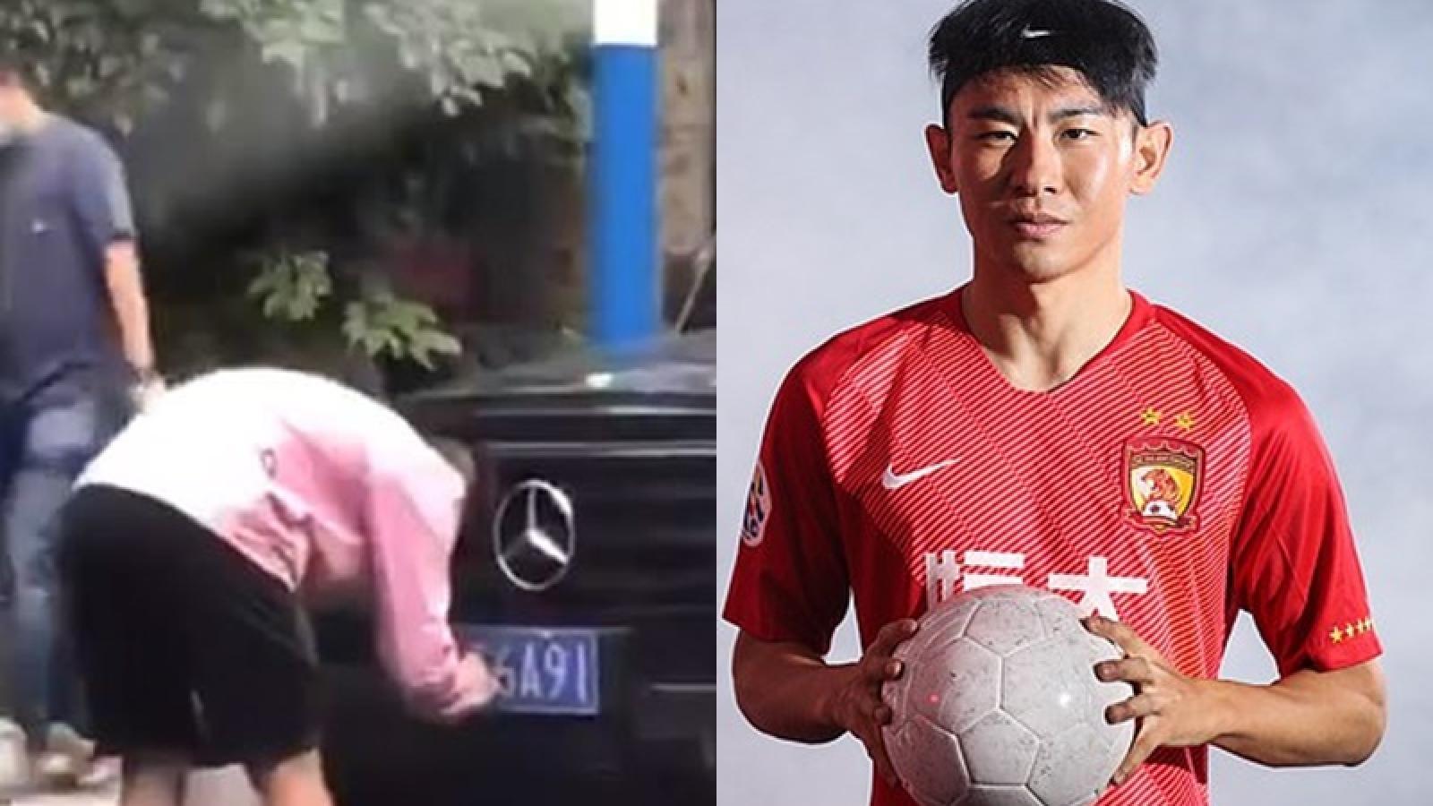 Tiền đạo ĐT Trung Quốc mất việc vì gian lận biển số xe