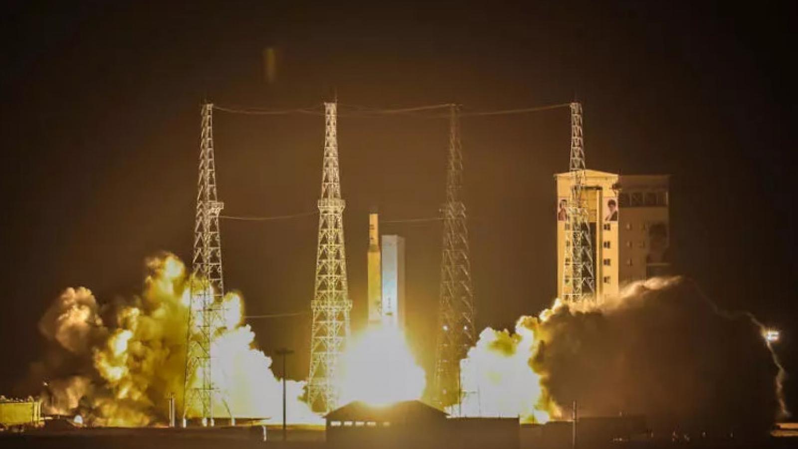 """Tướng Mỹ: Vụ phóng vệ tinh quân sự của Iran là """"hành vi thù địch mới"""""""