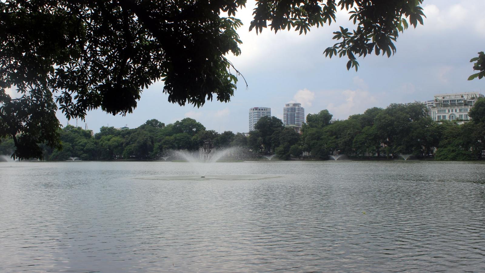 Thời tiết ngày 19/4: Nắng nóng ở nhiều nơi, đêm có mưa