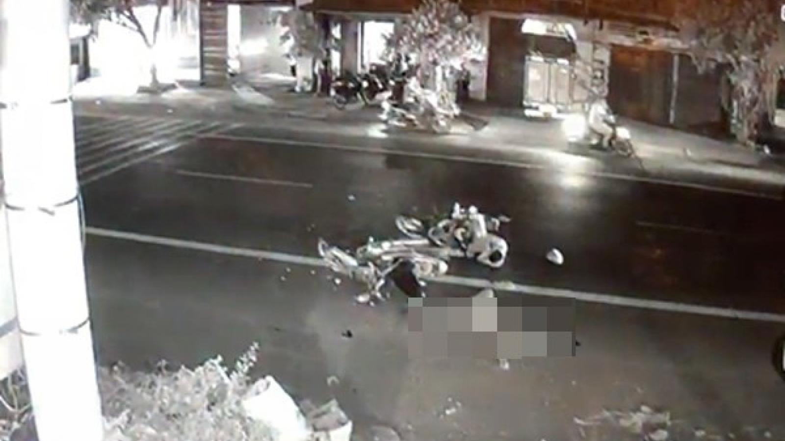 Hai xe máy va chạm trong đêm làm 1 người tử vong