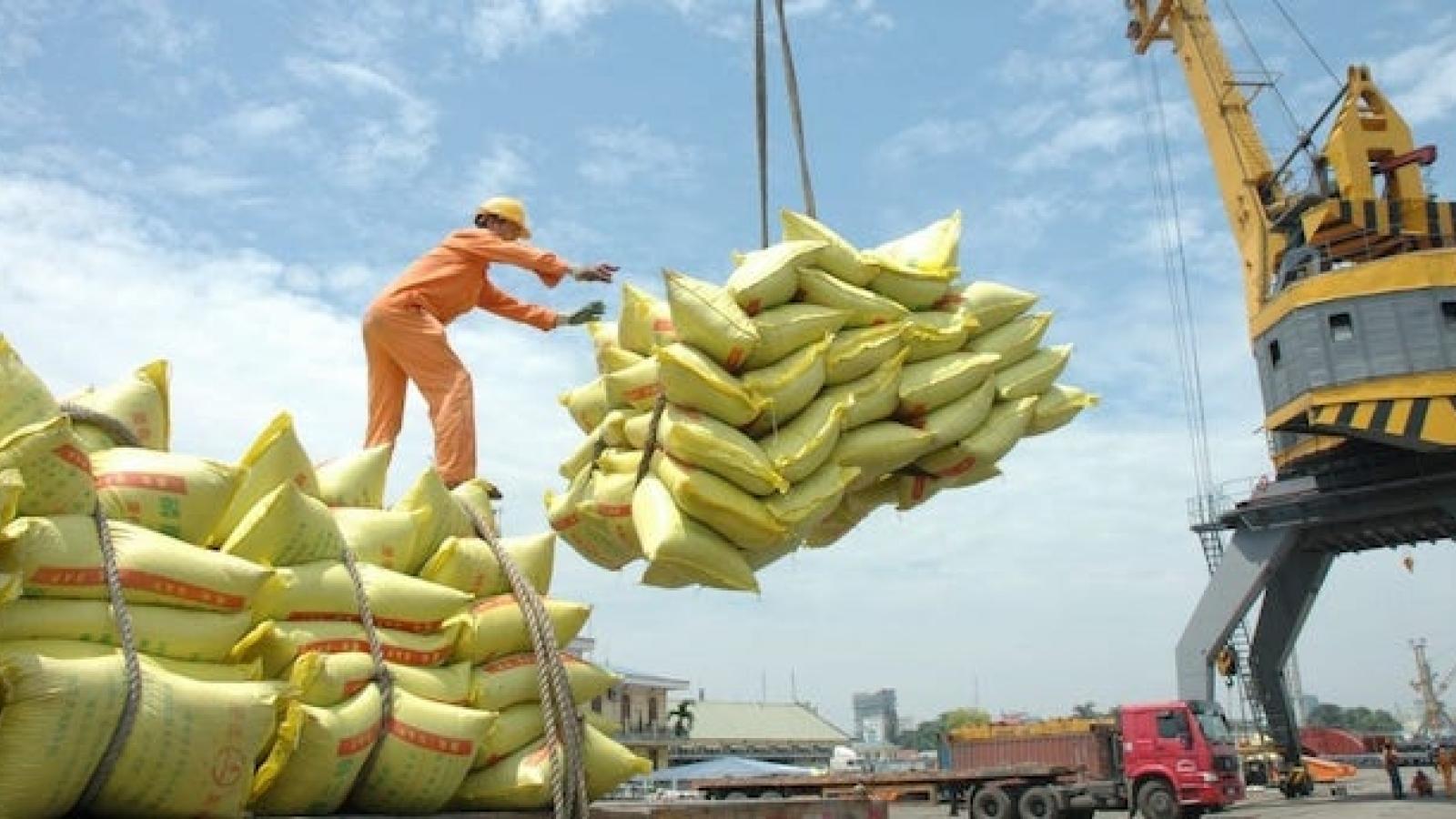 Trung Quốc nhập khẩu gạo Việt Nam tăng gấp 4 lần so với cùng kỳ năm trước