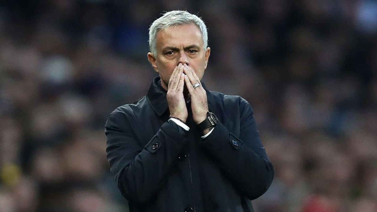 15 HLV kiếm tiền chuyển nhượng nhiều nhất thế giới: Bất ngờ với Mourinho