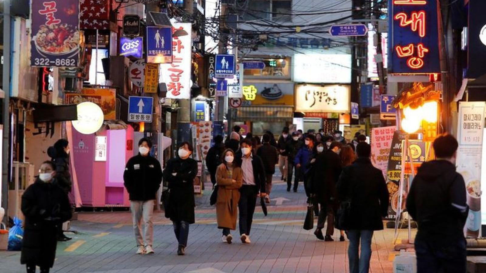 Số ca lây nhiễm giảm, Hàn Quốc dần nới lỏng các biện pháp hạn chế