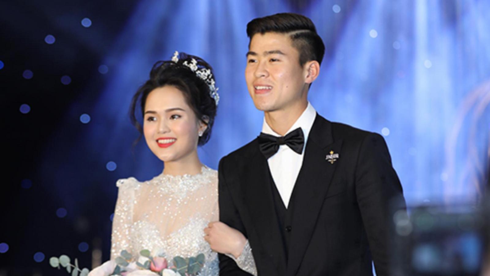 Hà Nội FC bác tin đồn trung vệ Duy Mạnh đánh vợ ngay trên phố