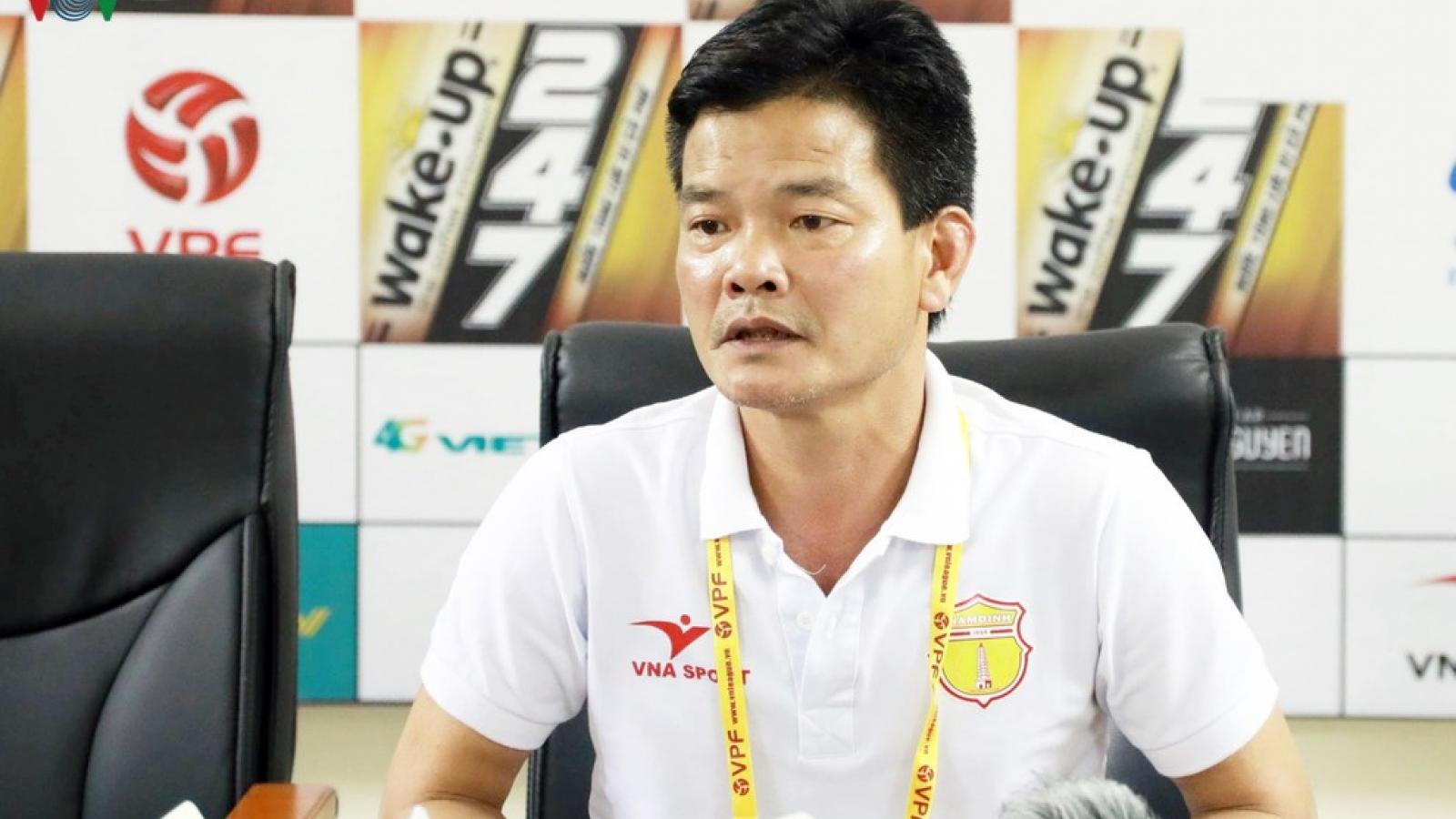 HLV Văn Sỹ báo tin vui, Nam Định sẵn sàng chiến đấu khi V-League trở lại