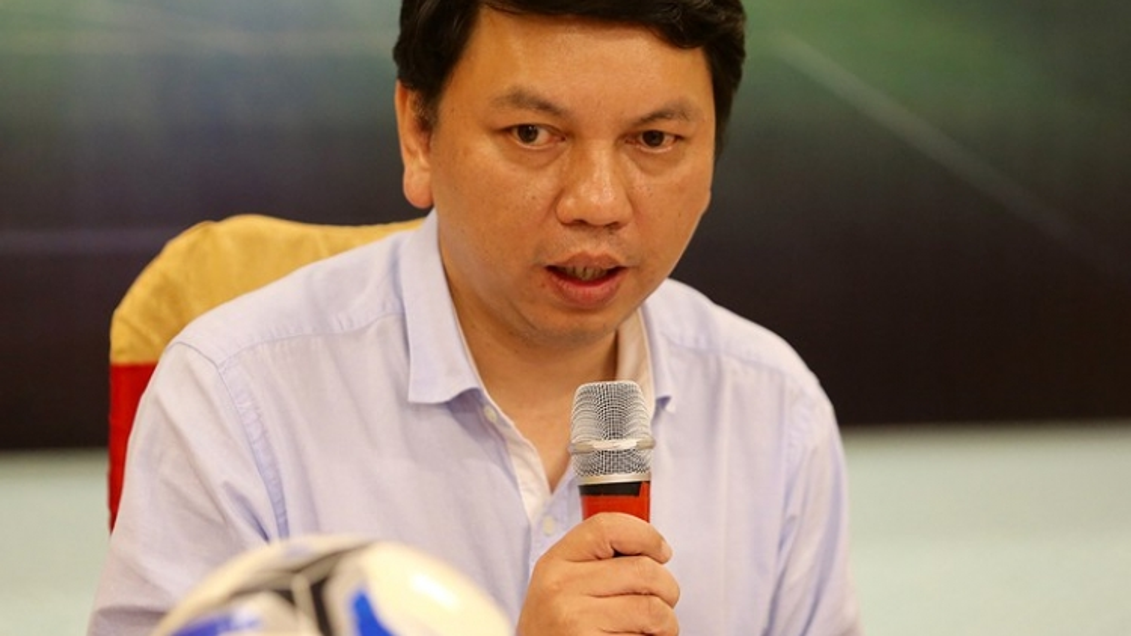 Lãnh đạo VPF và VFF nói gì về việc dừng V-League 2021?