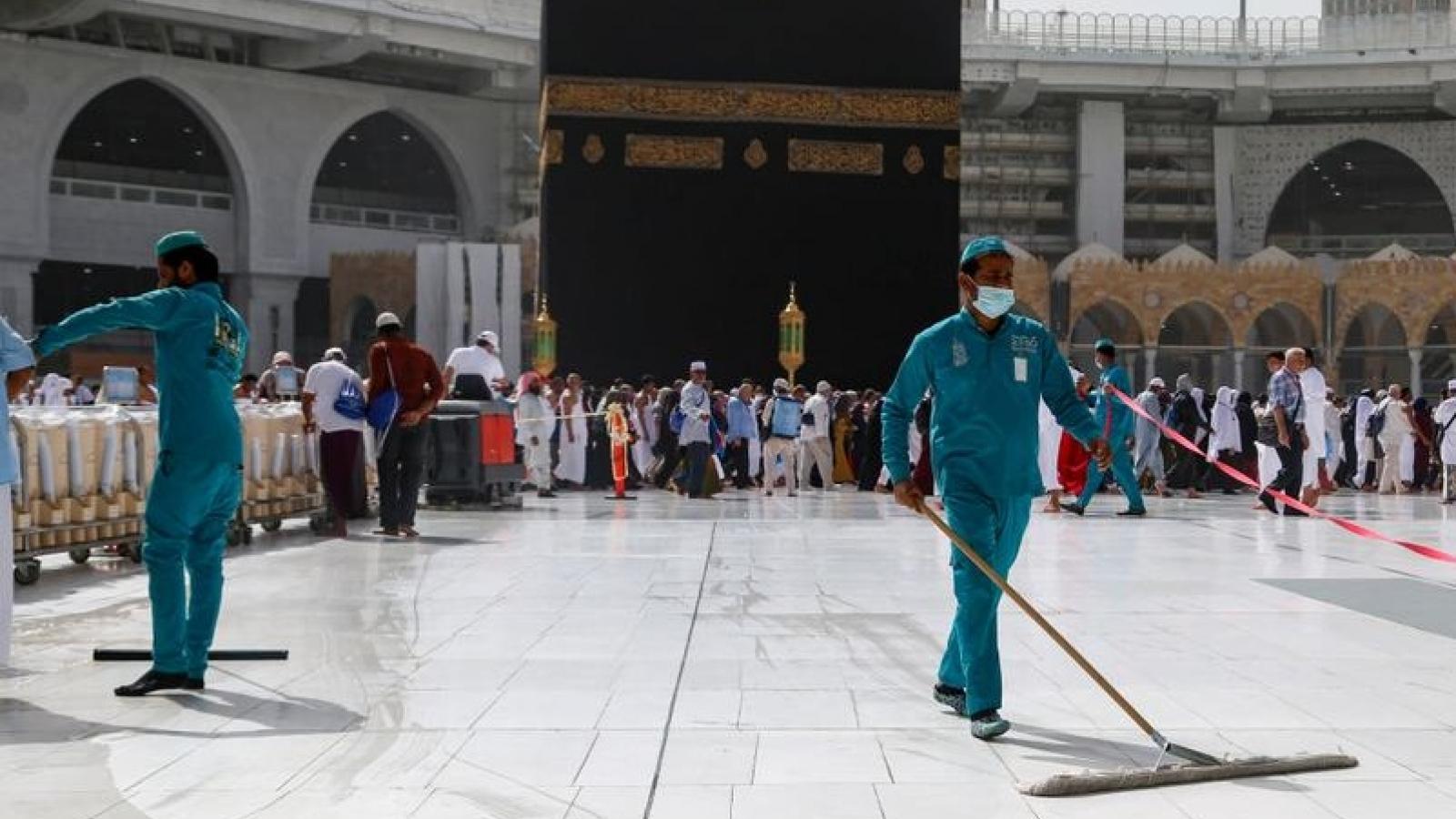Sợ Covid-19, Saudi Arabia và UAE vẫn đóng cửa nhà thờ dịp Eid Al-Fitr