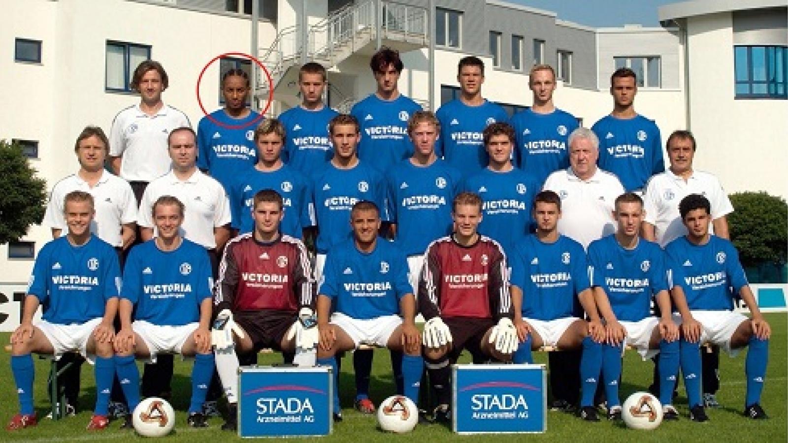 Cựu cầu thủ Schalke 04 còn sống sau 4 năm... qua đời vì tai nạn