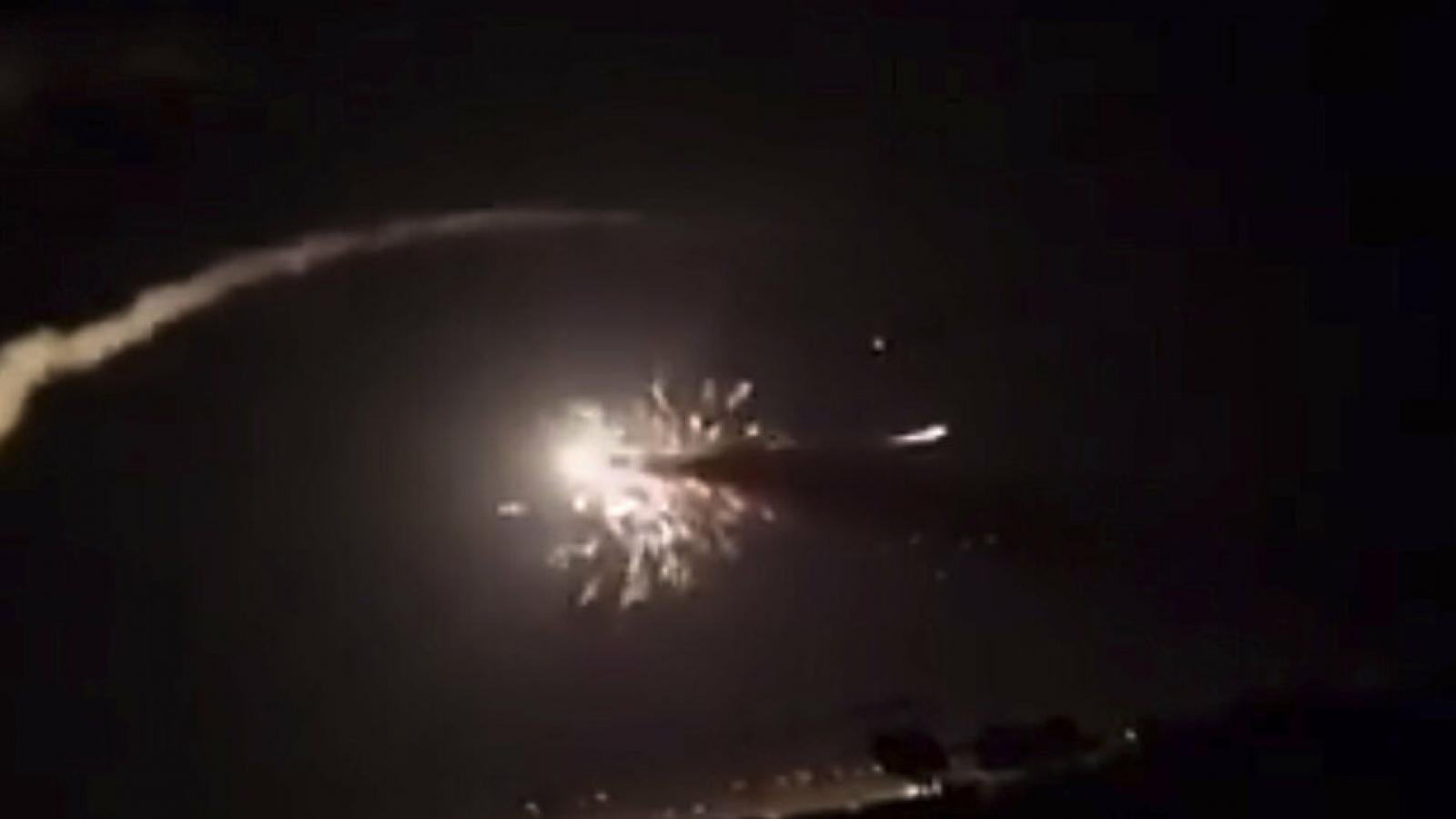 Phòng không Syria đánh chặn mục tiêu tấn công nghi do Israel tiến hành