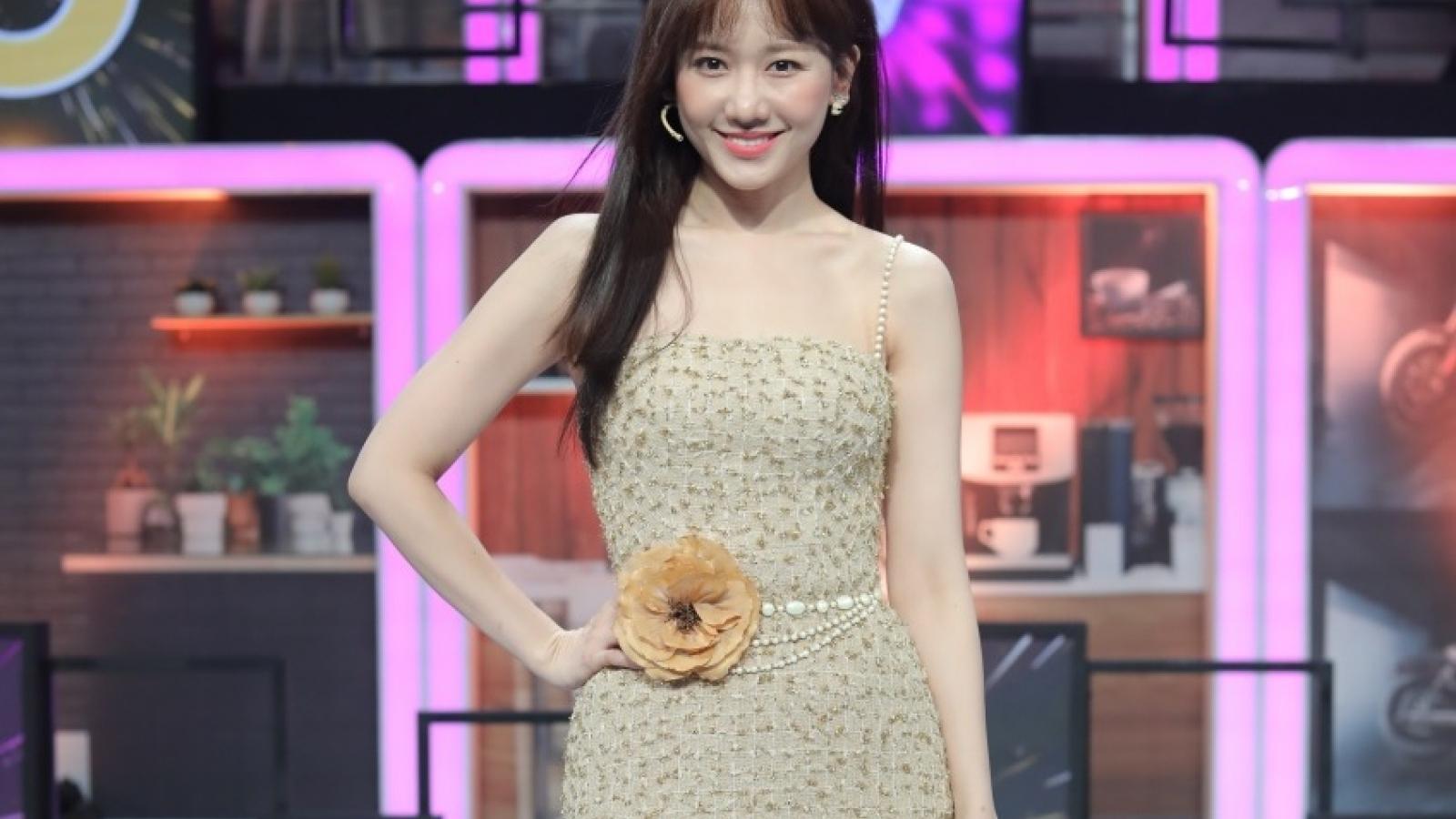 Hari Won ngượng ngùng khi bị nhắc lại chuyện kết hôn với Trấn Thành