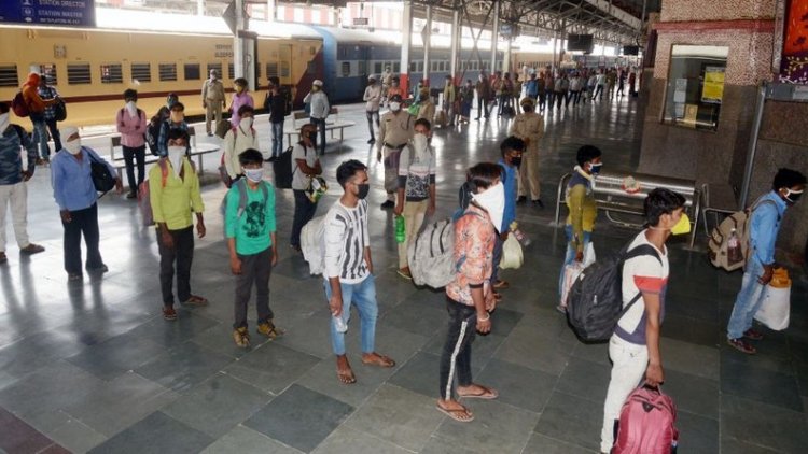Đường sắt Ấn Độ vận hành trở lại từ ngày 12/5