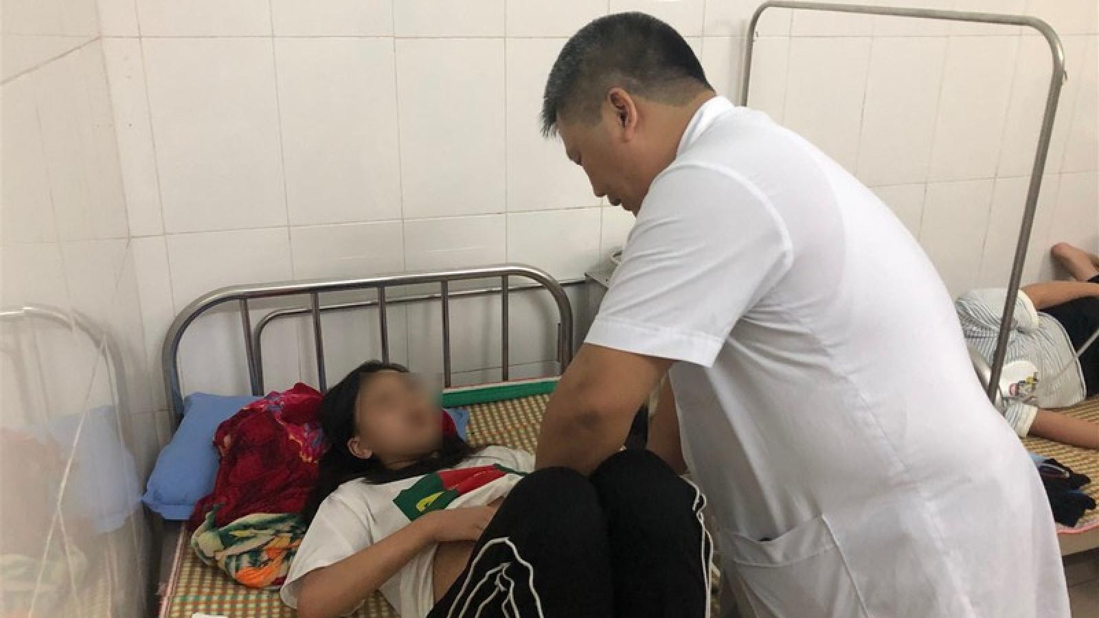 Cao Bằng: Đình chỉ đơn vị cung cấp thực phẩm gây ngộ độc cho học sinh
