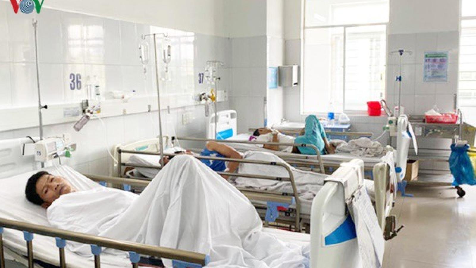 230 người ở Đà Nẵng nhập viện do ngộ độc thực phẩm từ đồ ăn chay