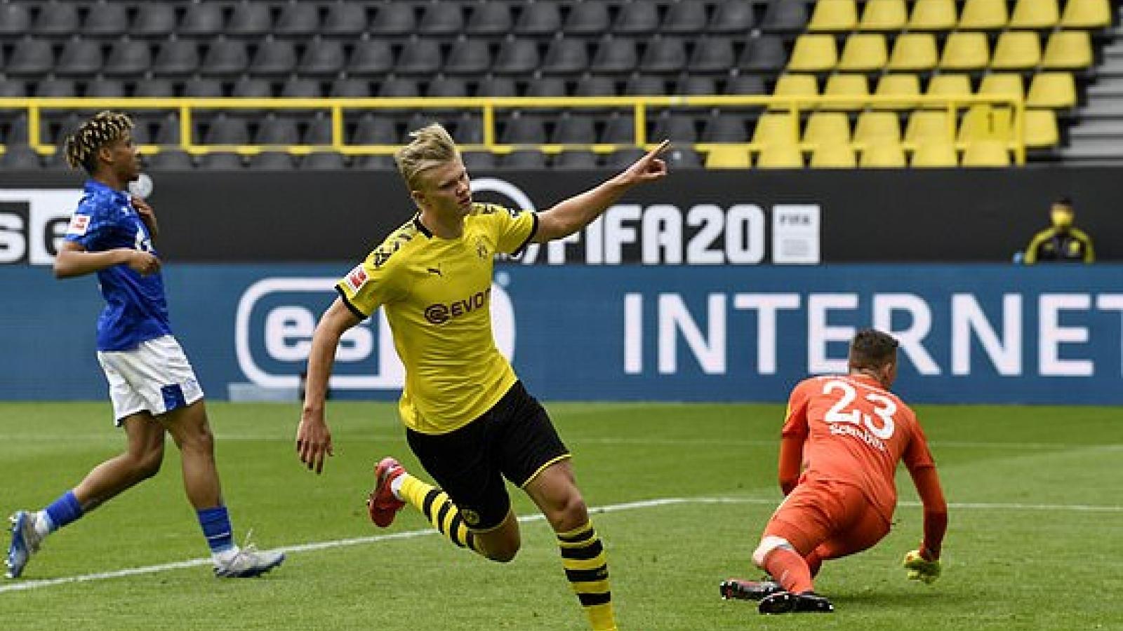"Erling Haaland nổ súng, Dortmund ""đè bẹp"" Schalke 04"