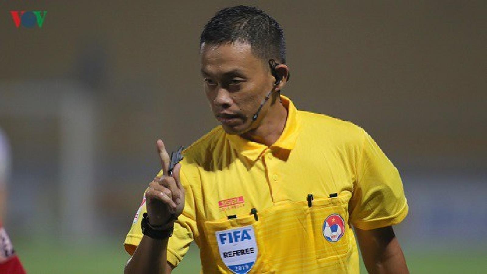 """Bóng đá Việt Nam bị Thái Lan """"bỏ xa"""" về số trọng tài FIFA"""