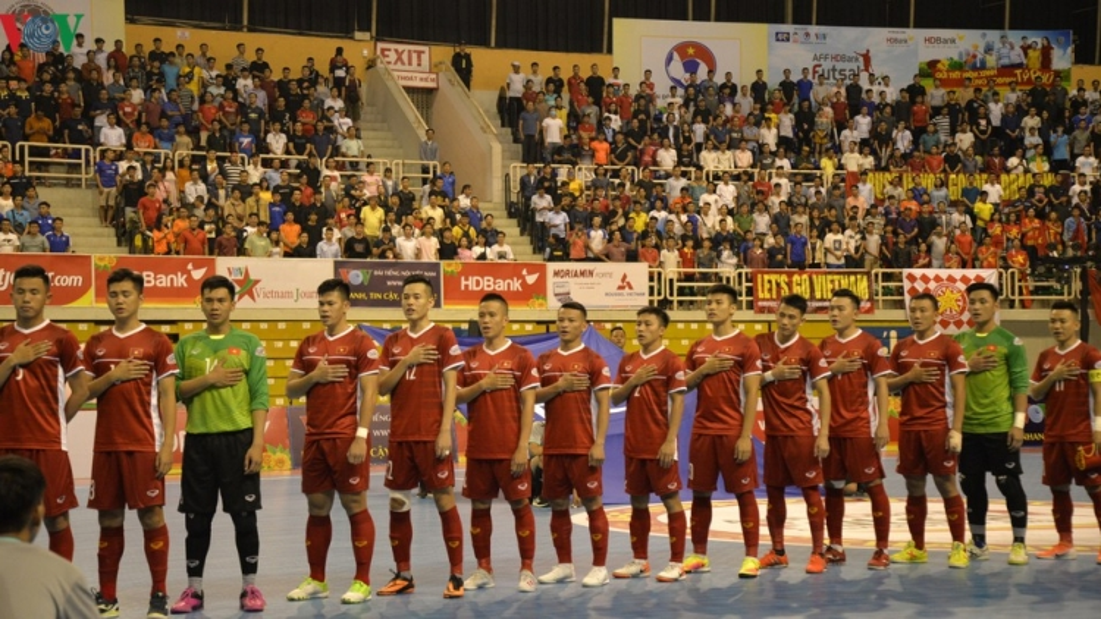 FIFA hoãn hàng loạt giải đấu quan trọng vì Covid-19